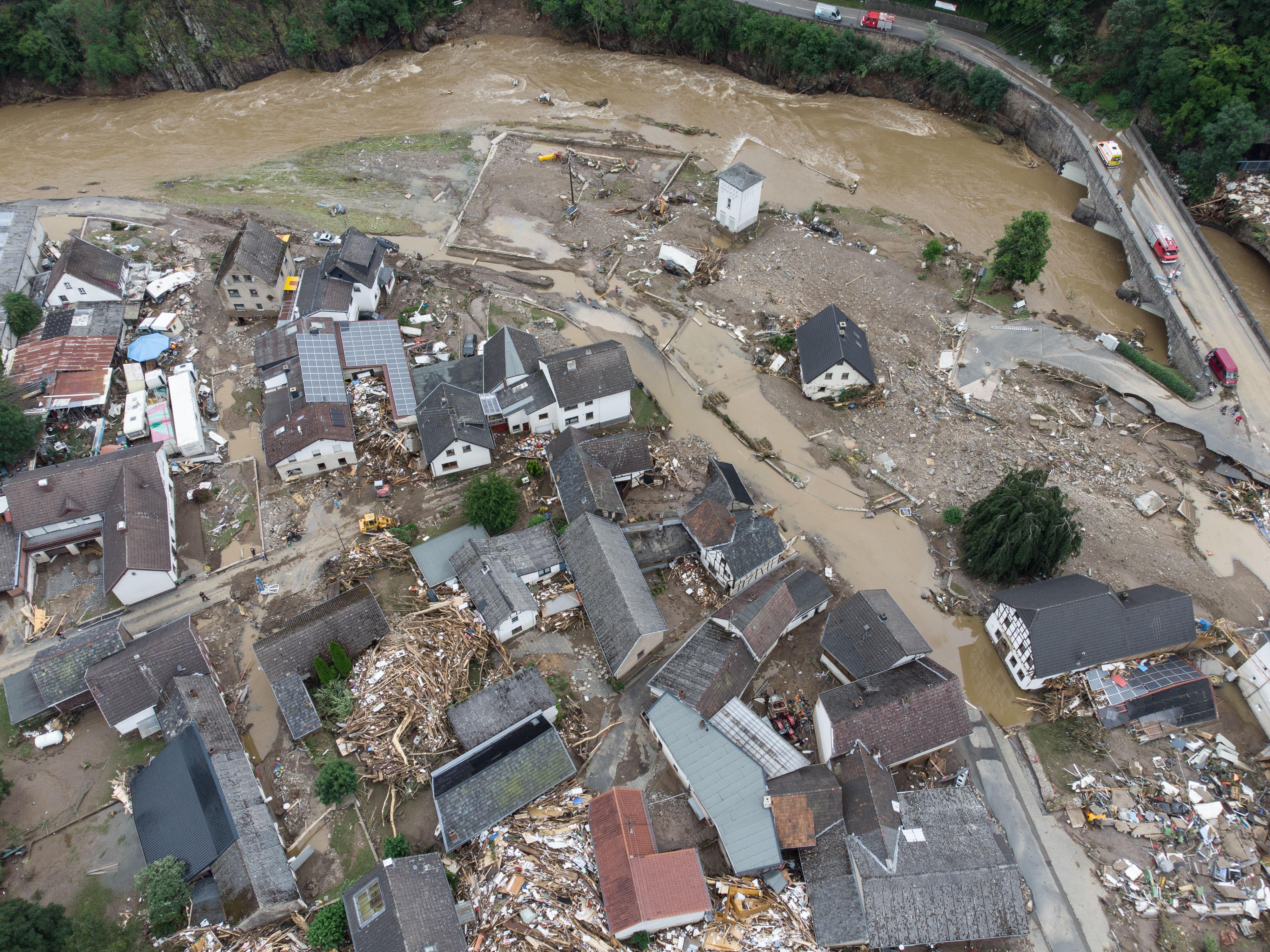 1300 ember tűnhetett el az áradások miatt Németországban