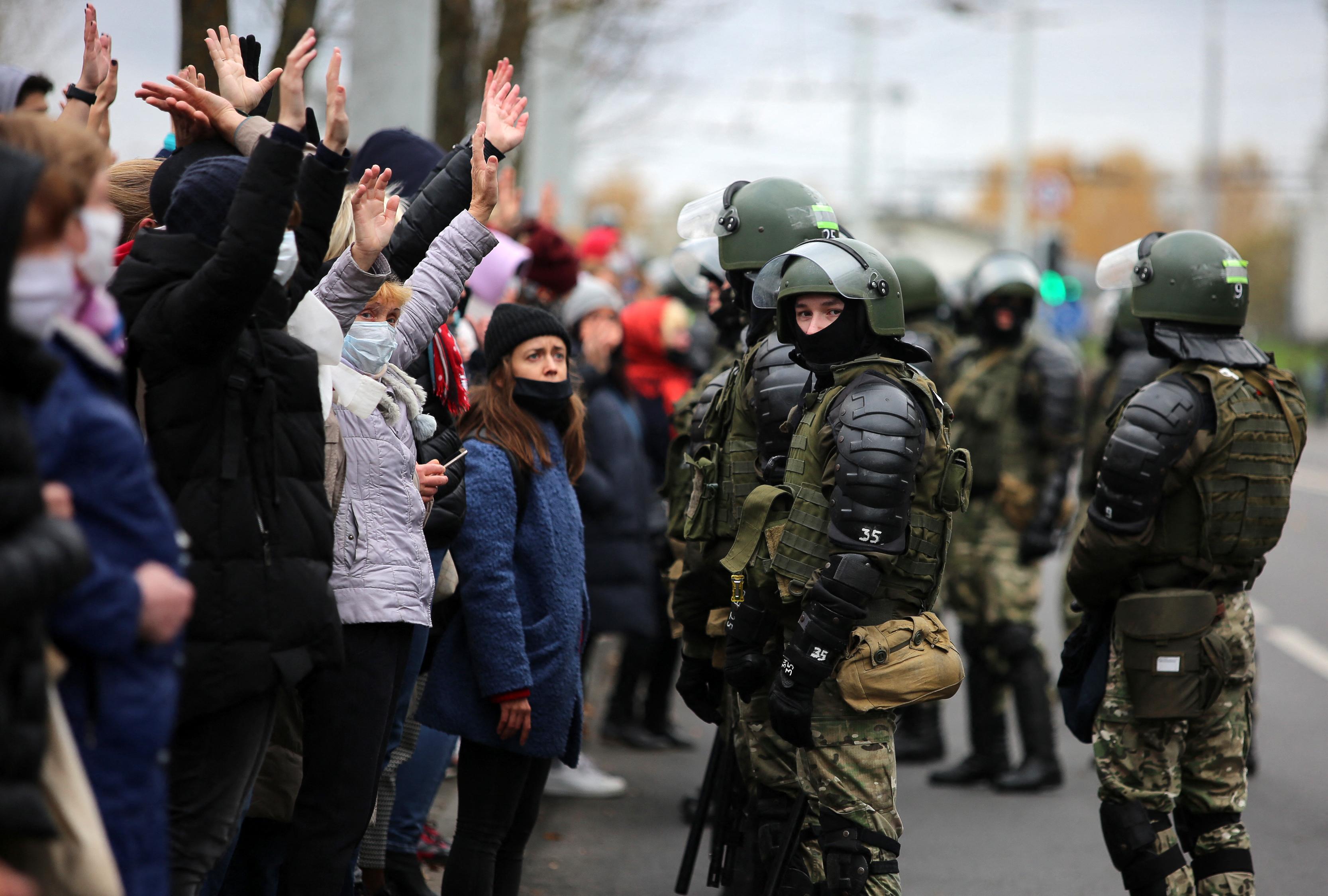 11, Lukasenka ellen tüntető egyetemistát küldött fegyenctelepre a fehérorosz bíróság