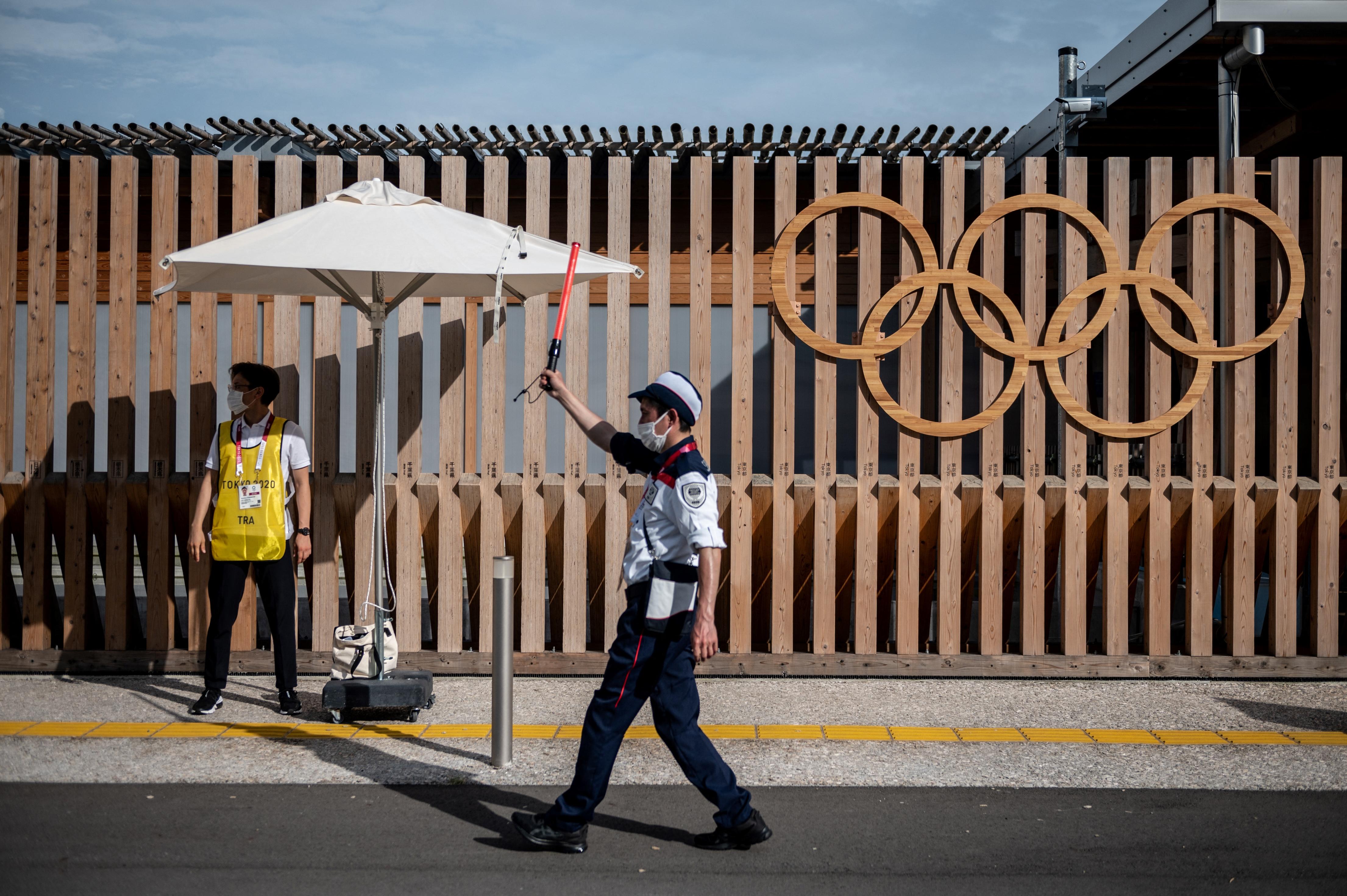 Már meg is van az első pozitív koronavírusteszt az olimpiai faluban