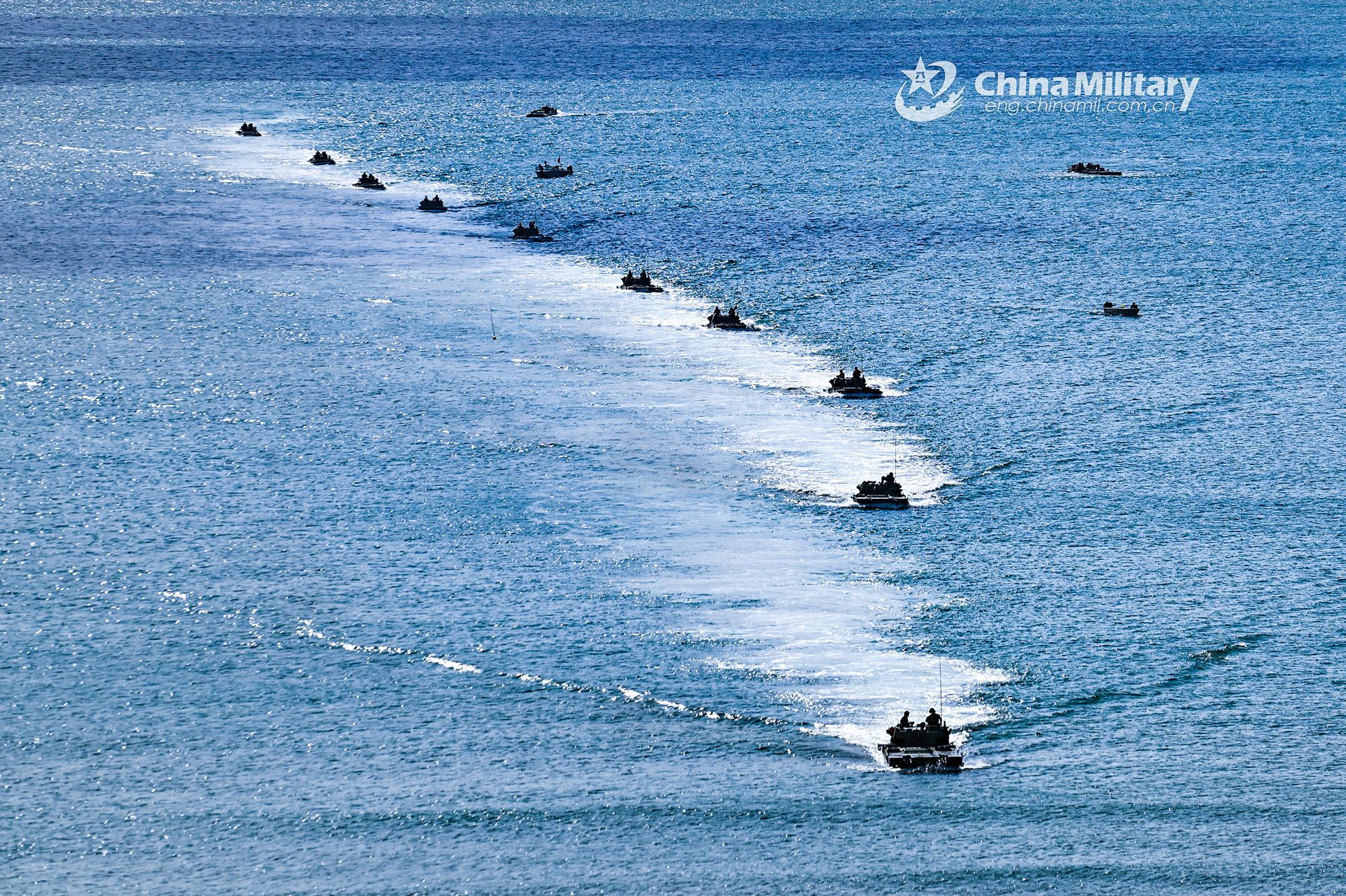Partraszállást gyakorolt a kínai hadsereg Tajvan szigetéhez közel