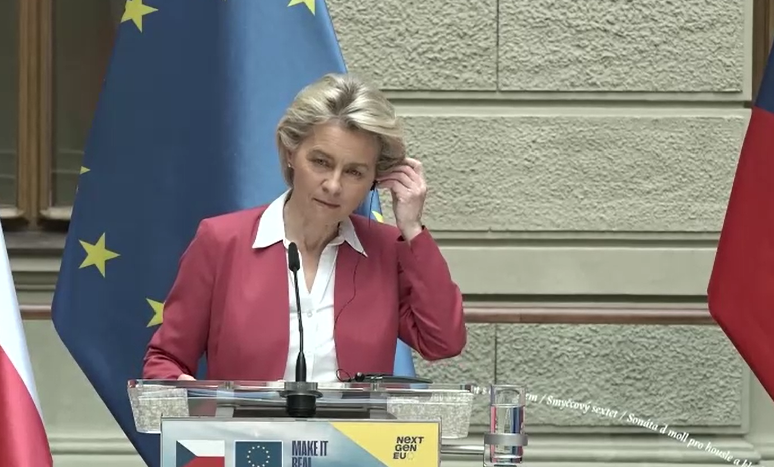 Von Der Leyen: Teljesen elfogadhatatlan az újságírók lehallgatása