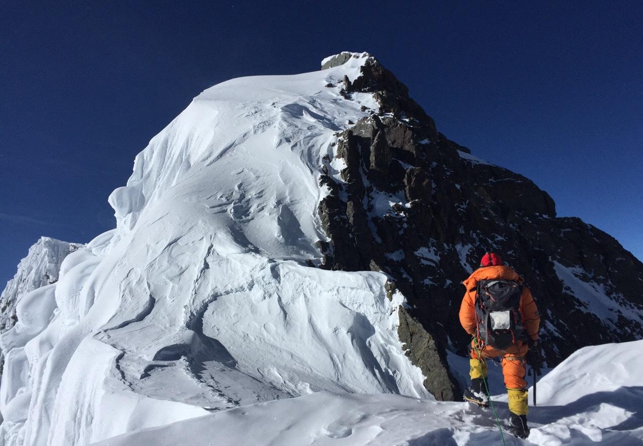 Visszafelé eltűnt a dél-koreai, aki az első fogyatékossággal élő ember, aki feljutott a 14 legmagasabb hegycsúcsra