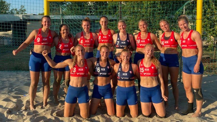 Megbüntették a strandkézilabda Eb-n a norvég csapatot, amiért bikinialsó helyett rövidnadrágban voltak