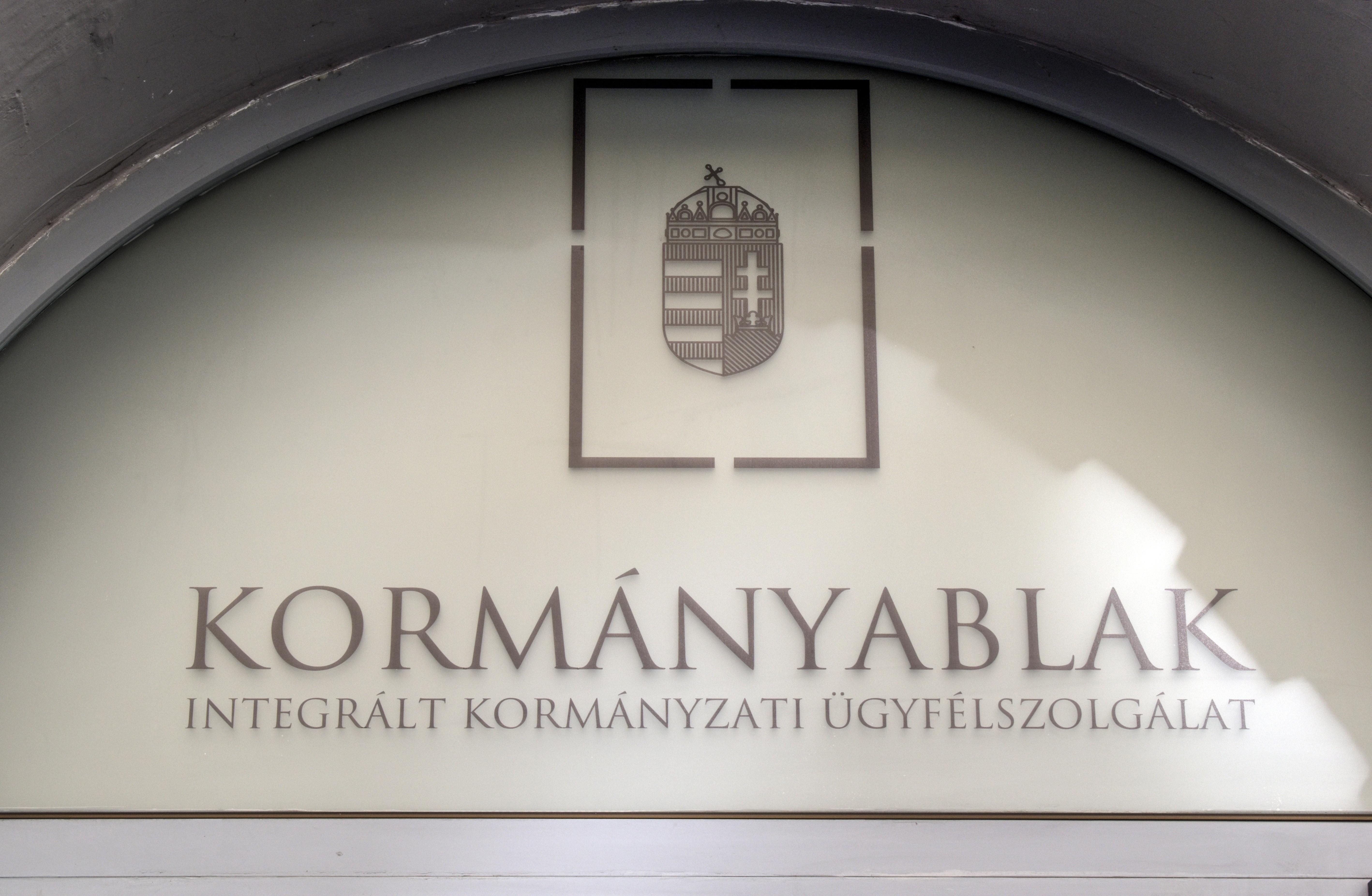 Letartóztatások a Pest Megyei Kormányhivatalban