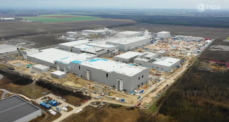 32 milliárd forinttal tolta meg a magyar kormány az egyik legnagyobb dél-koreai cég gyárépítését
