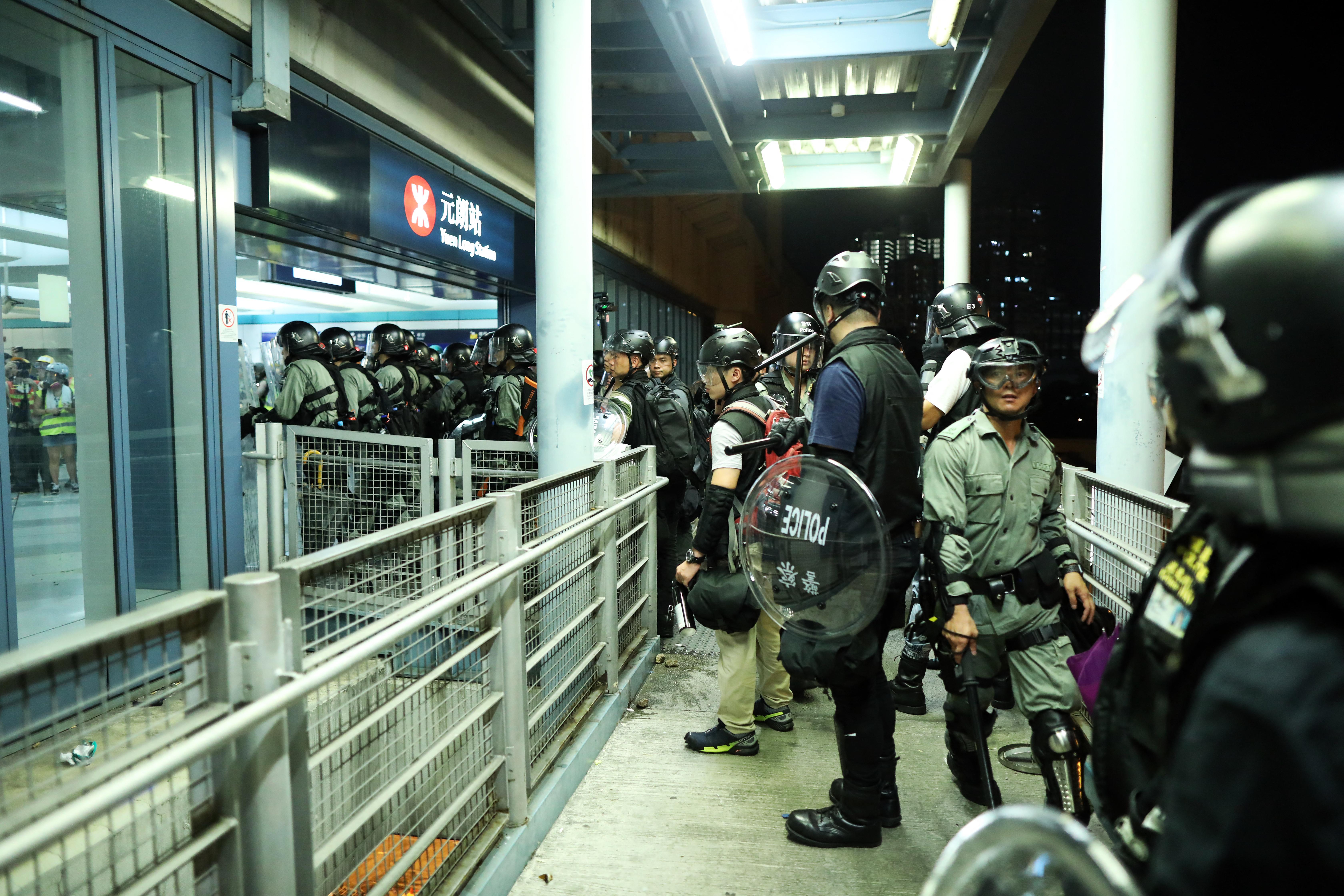 Hét embert ítéltek el Hongkongban a két évvel ezelőtti metrós támadás miatt