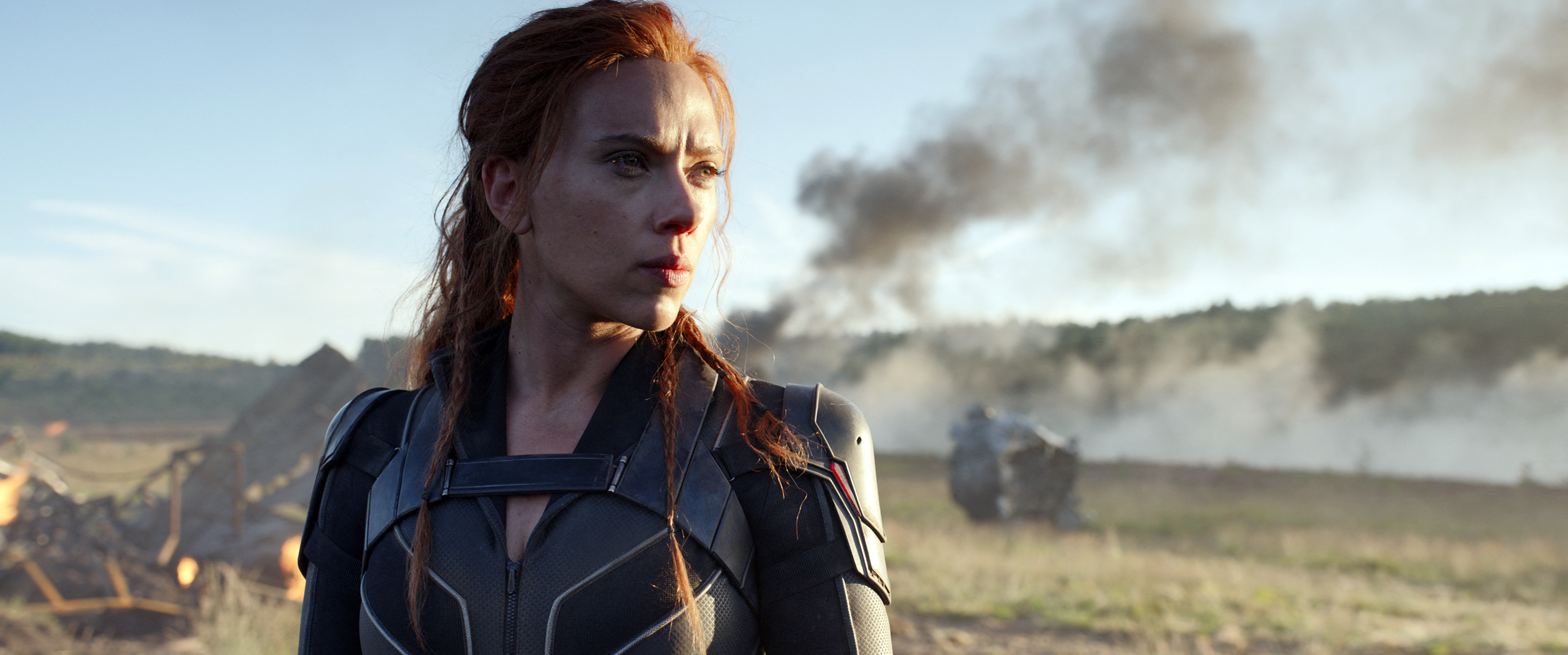 Scarlett Johansson beperelte a Disney-t