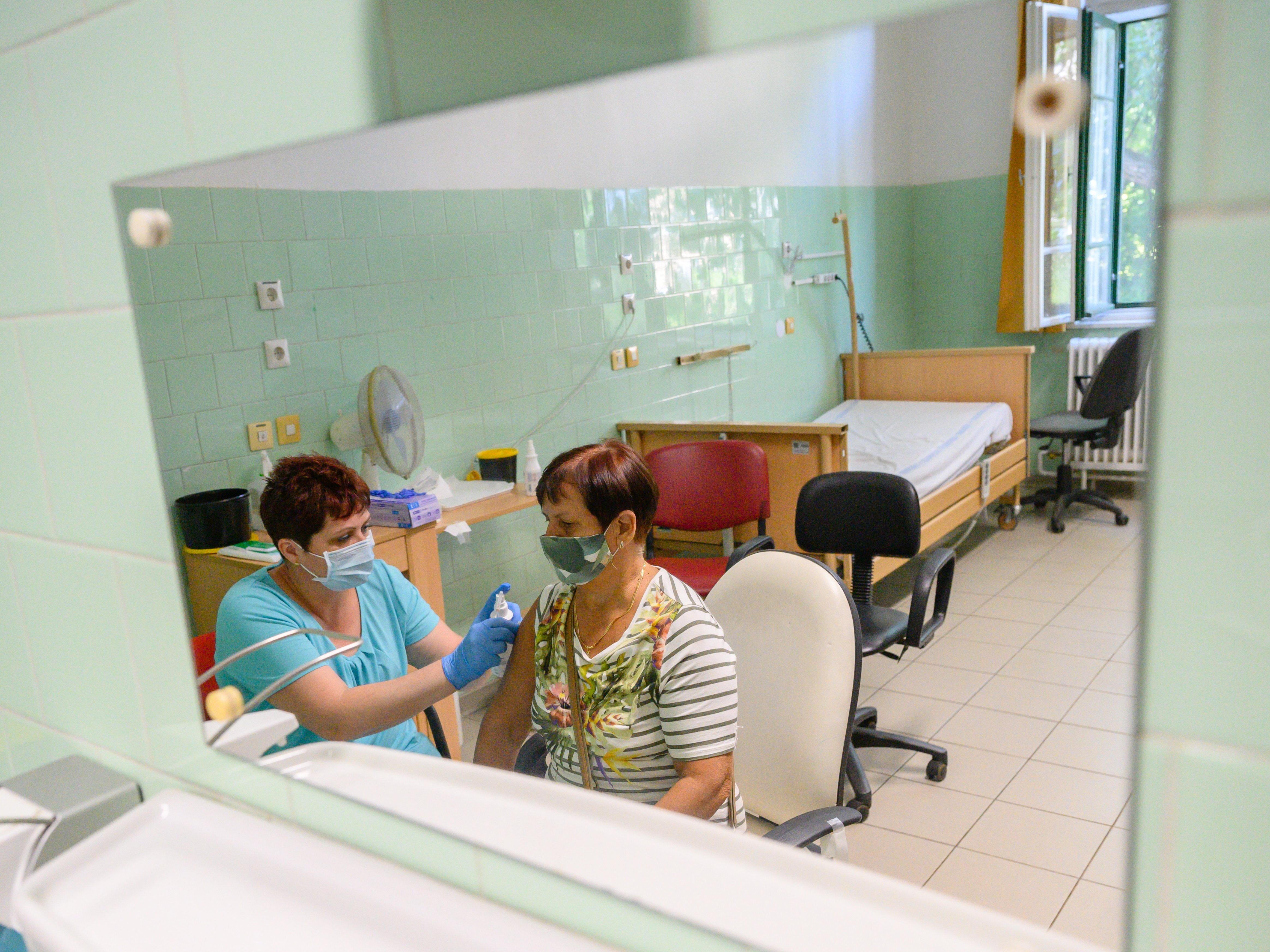 Duda Ernő virológus: Egy-két hét alatt kialakulhat a katasztrófahelyzet