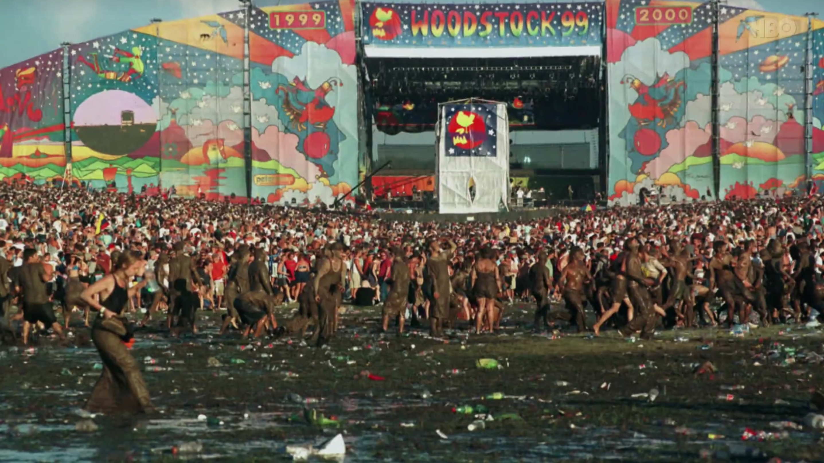 Woodstock '99: dühös, fiatal, fehér férfiak fesztiválja, ami káoszba, szartengerbe és erőszakba fulladt