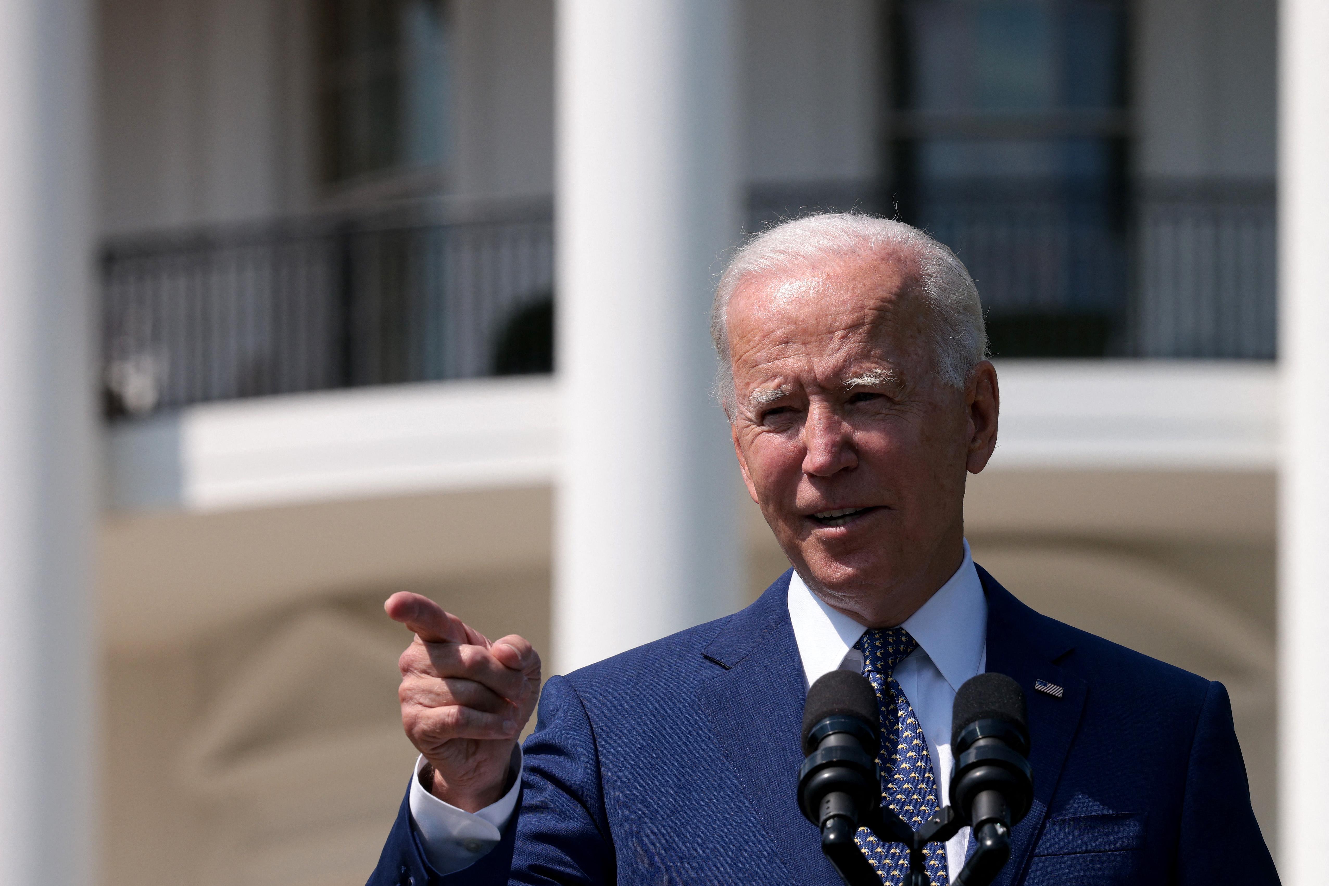 Biden ideiglenes menedéket ajánlott fel az Egyesült Államokban tartózkodó hongkongiaknak