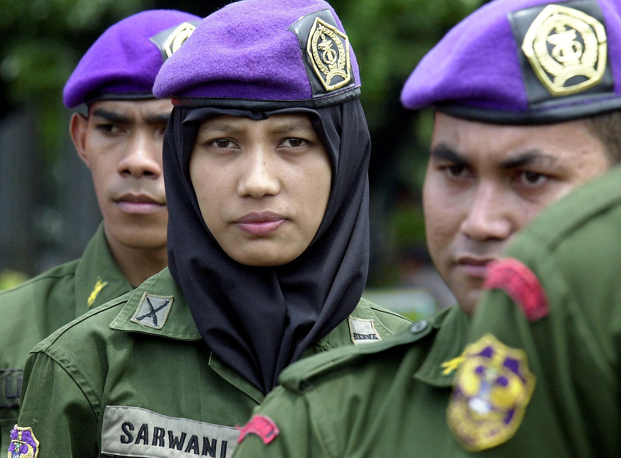 Eltörlik az indonéz hadseregben a kétujjas szüzességi tesztet