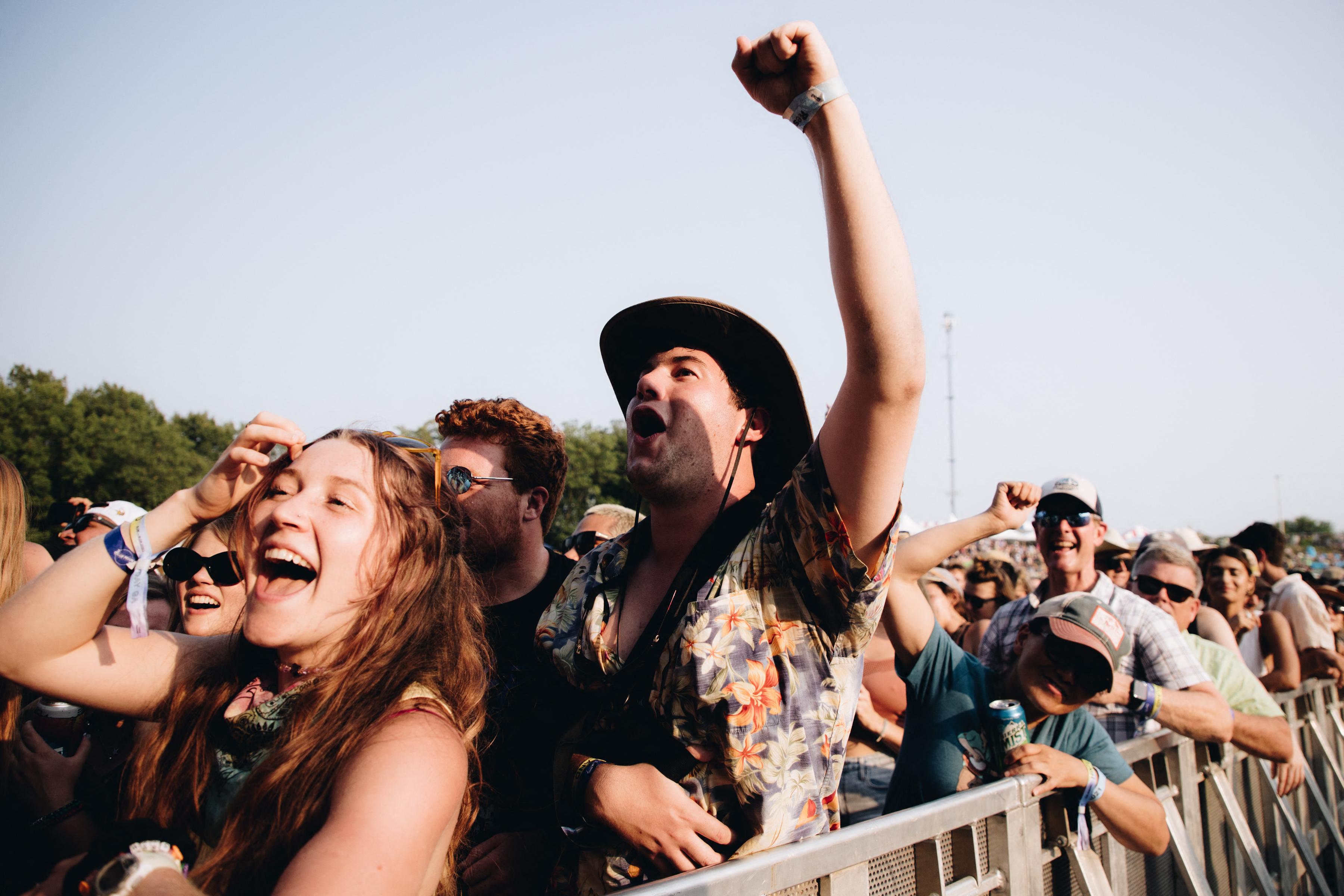 Két zenei fesztivál miatt alakult ki gócpont Michiganben és Oregonban