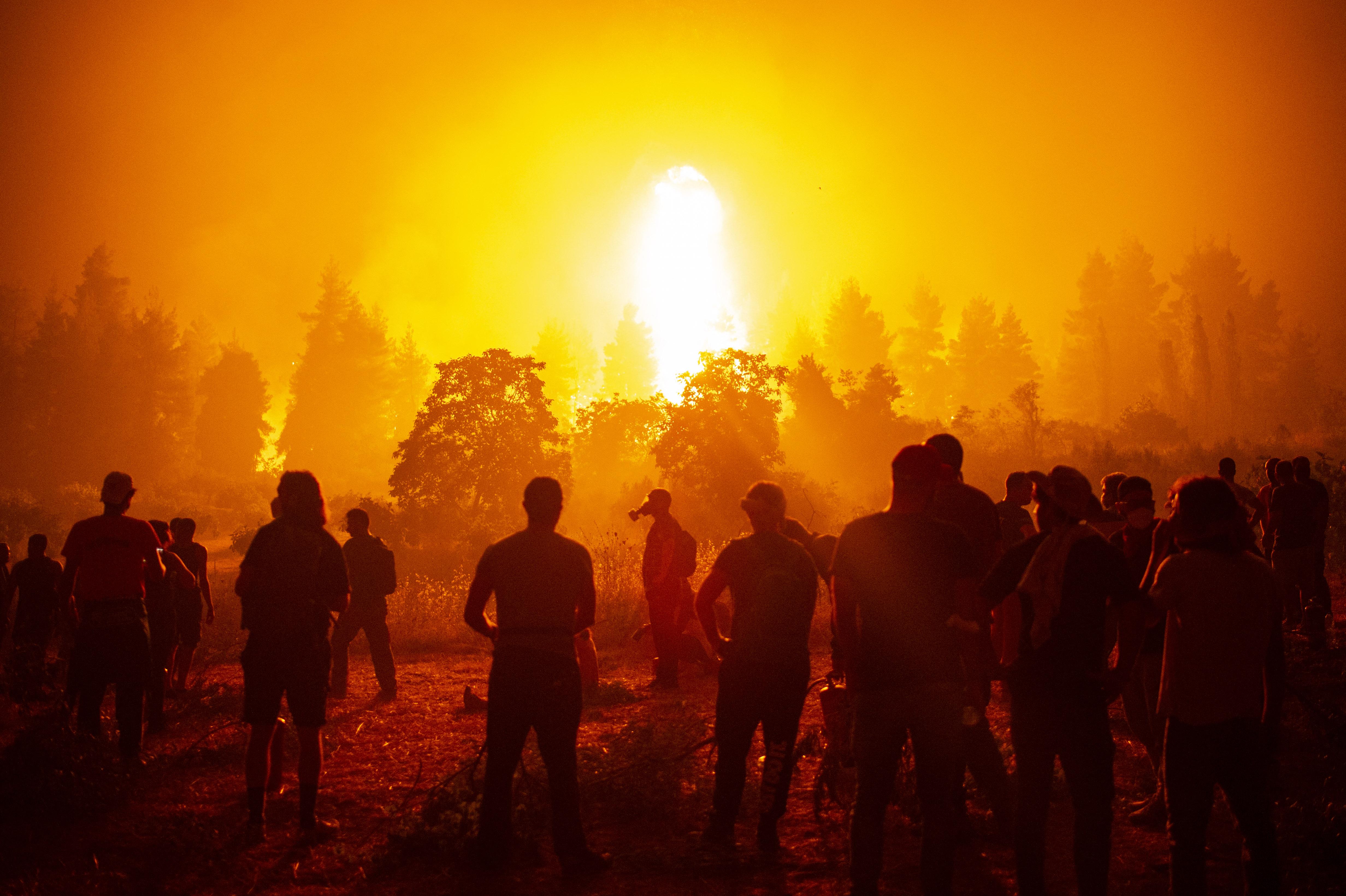 90 ezer hektárnyi területen pusztított a tűz Görögországban
