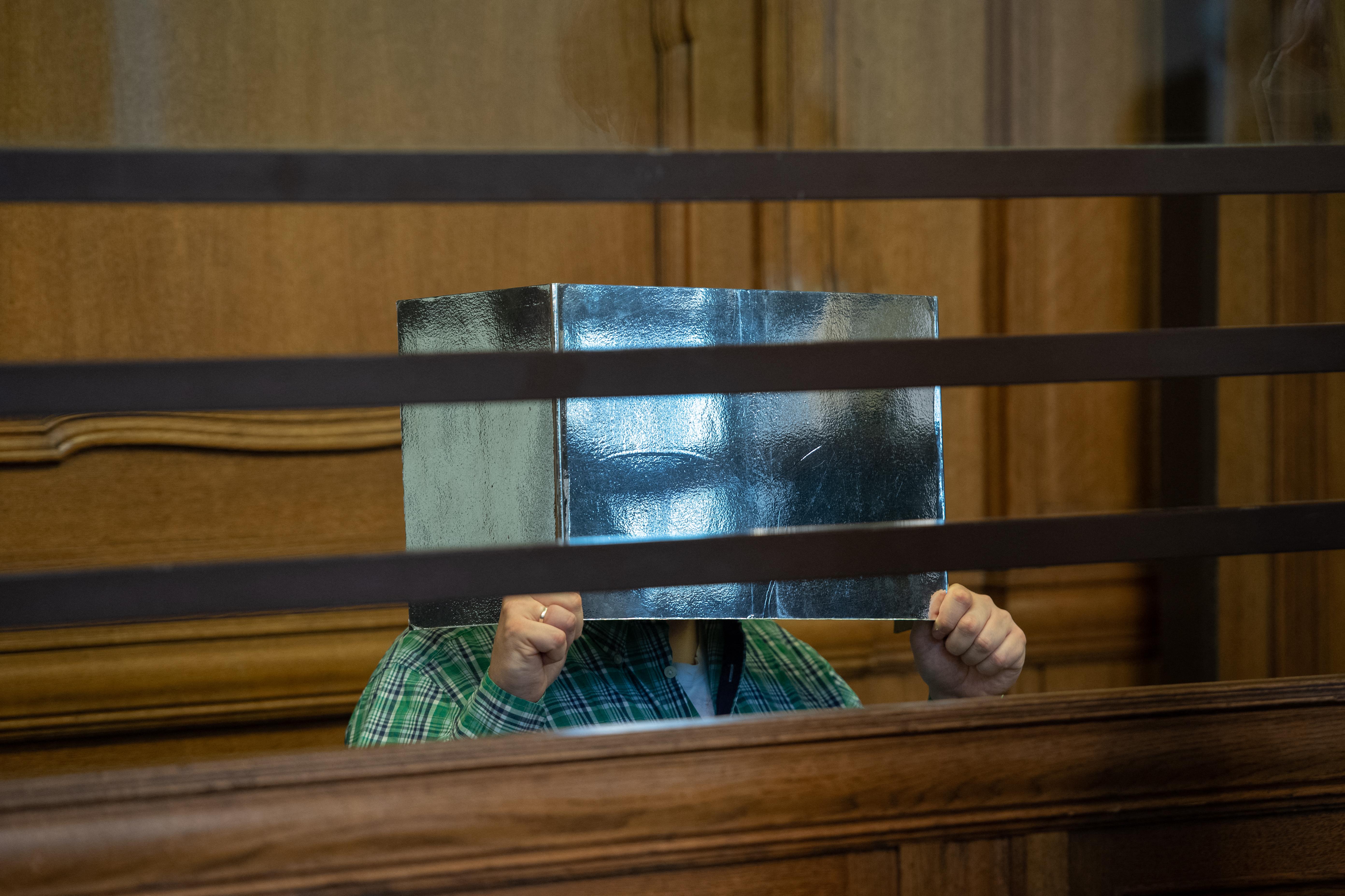 Berlinben bíróság elé állt egy tanár, aki a vád szerint megölt és megevett egy szerelőt