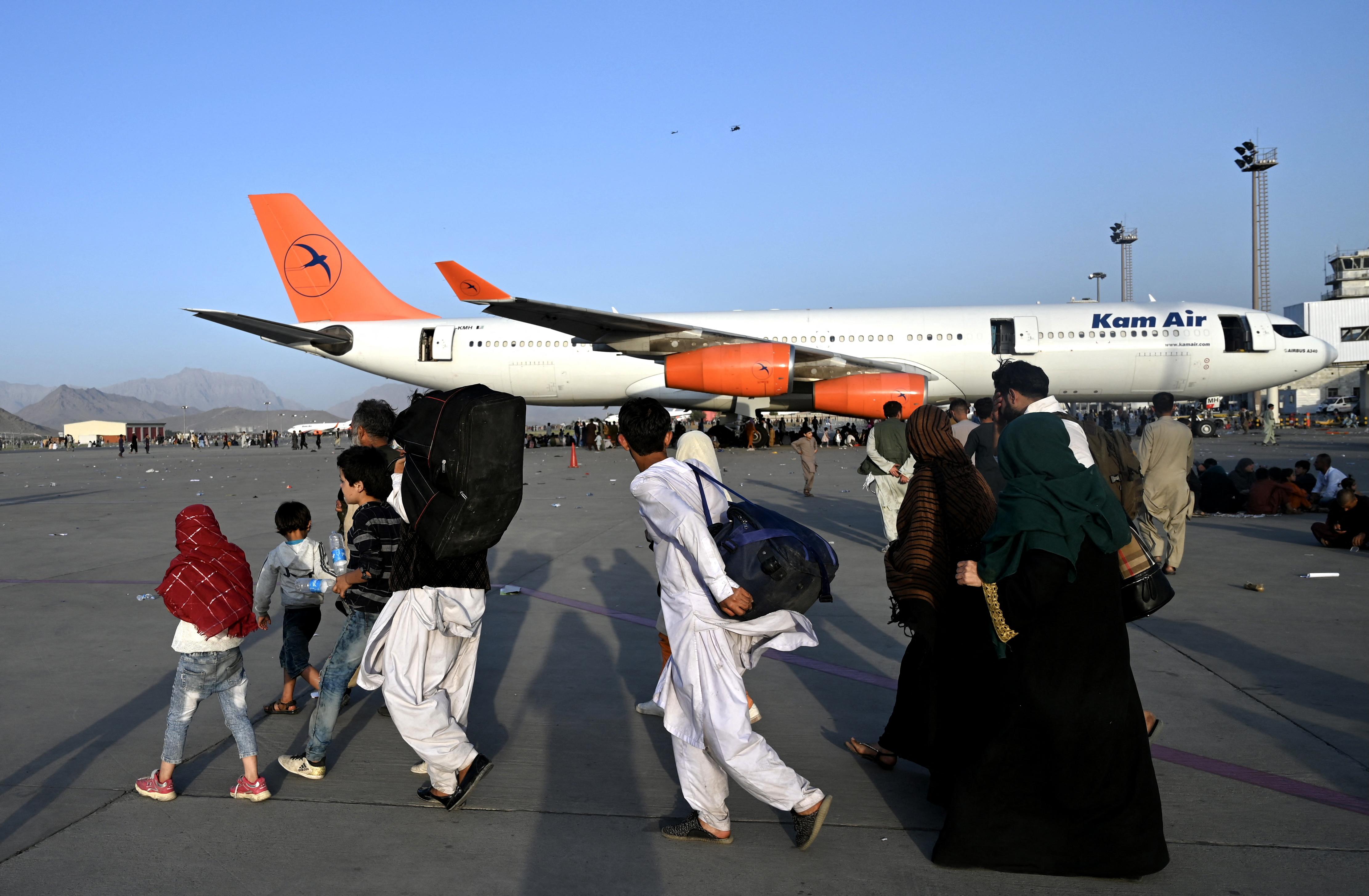Napi ezer embert menekít ki Nagy-Britannia Kabulból