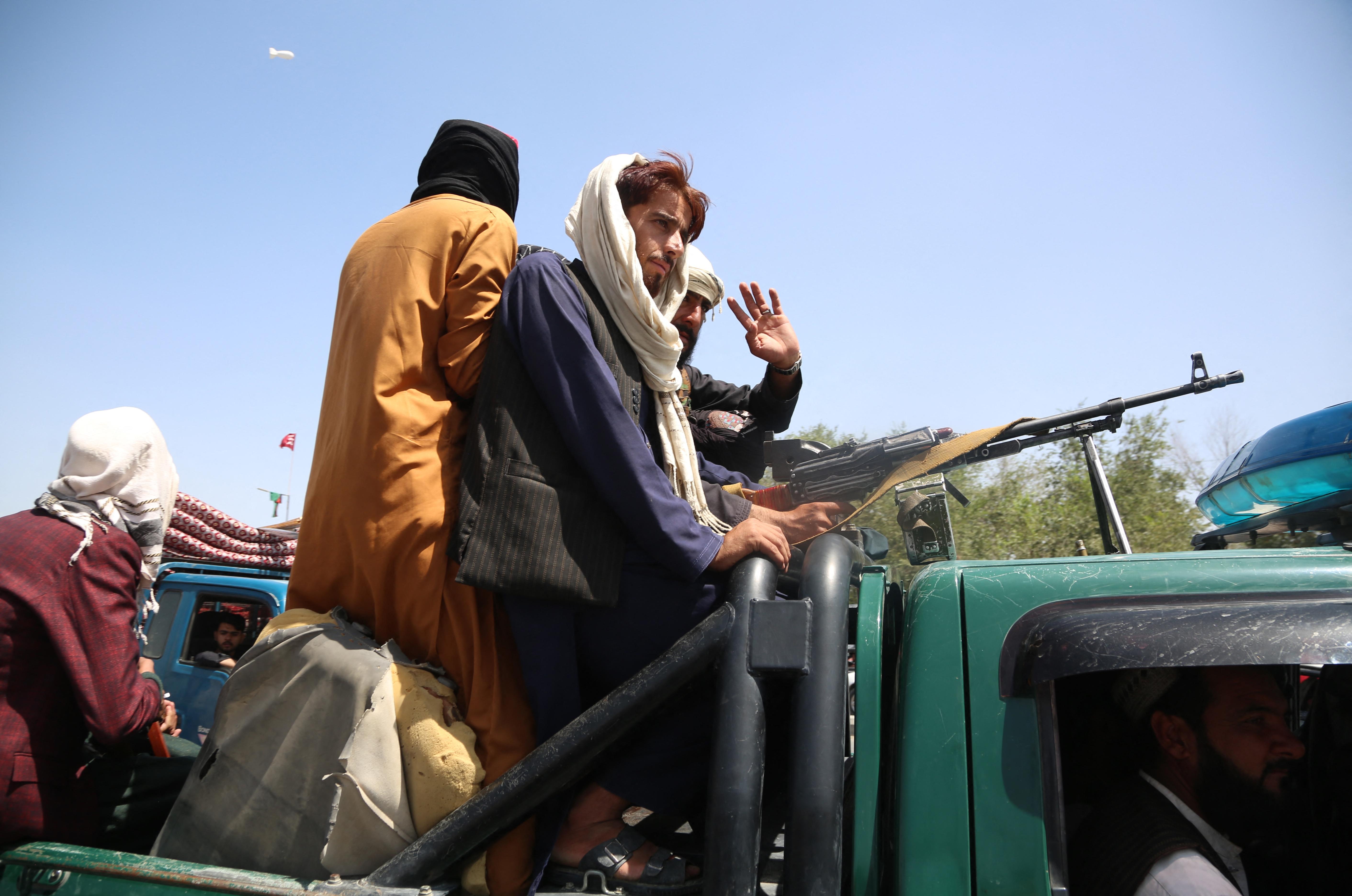 Általános amnesztiát hirdettek a tálibok