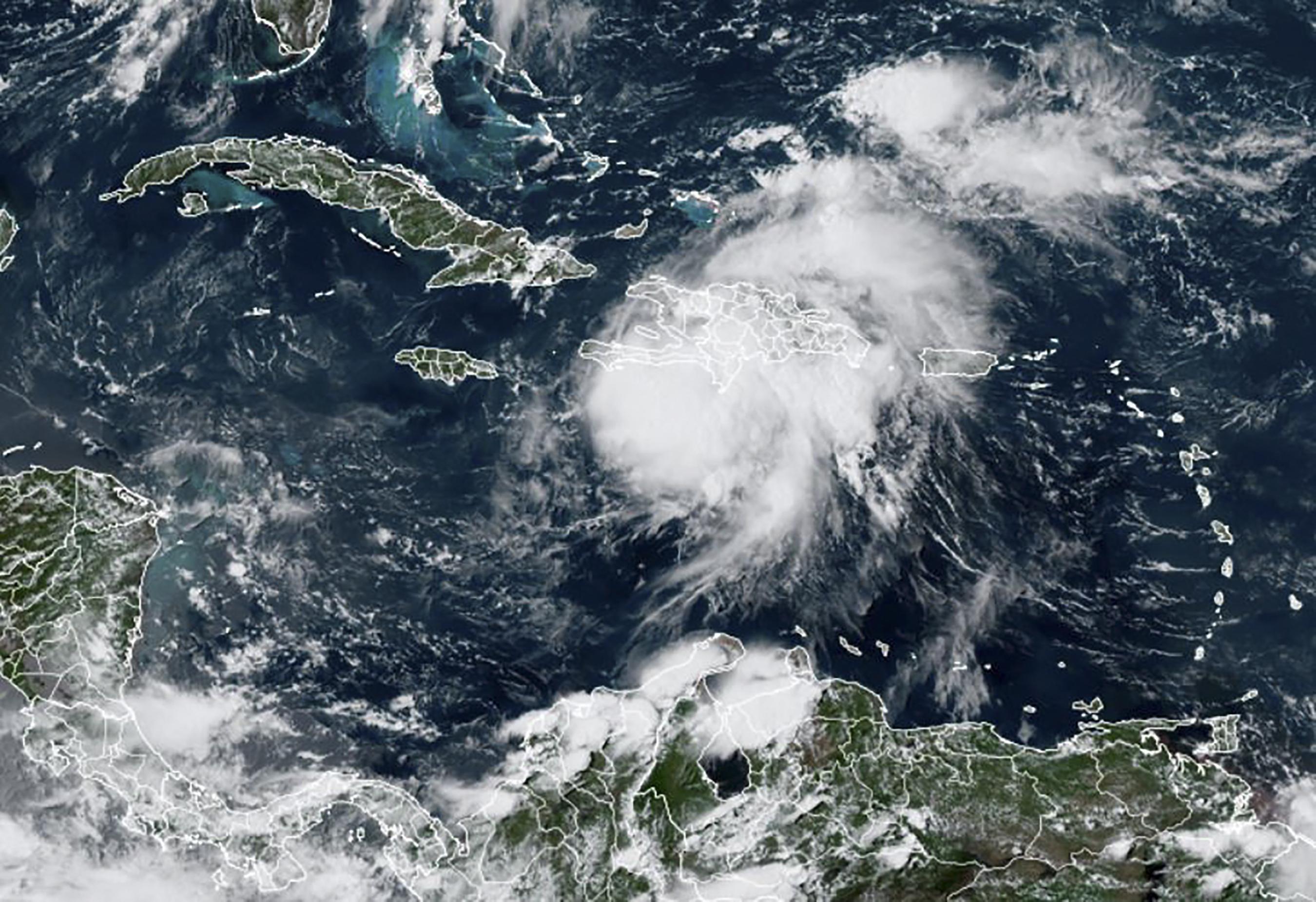 Földrengés után trópusi vihar is sújtja Haitit