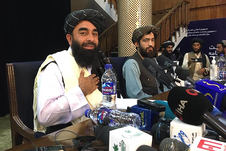 """""""Az egész nemzet számára büszke pillanat"""" - sajtótájékoztatót tartott a tálibok szóvivője"""
