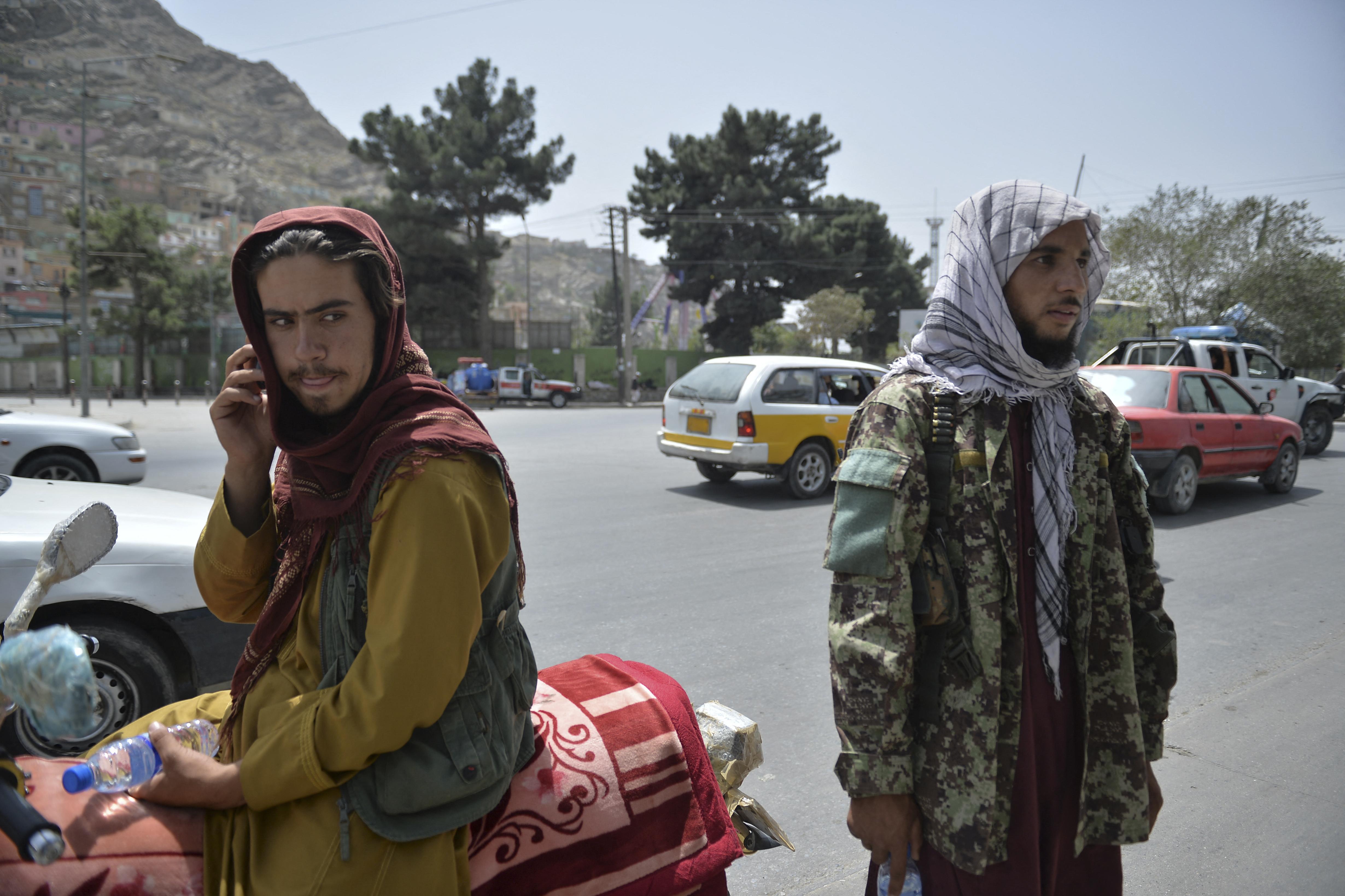 Szobrot döntöttek a tálibok Bámijánban