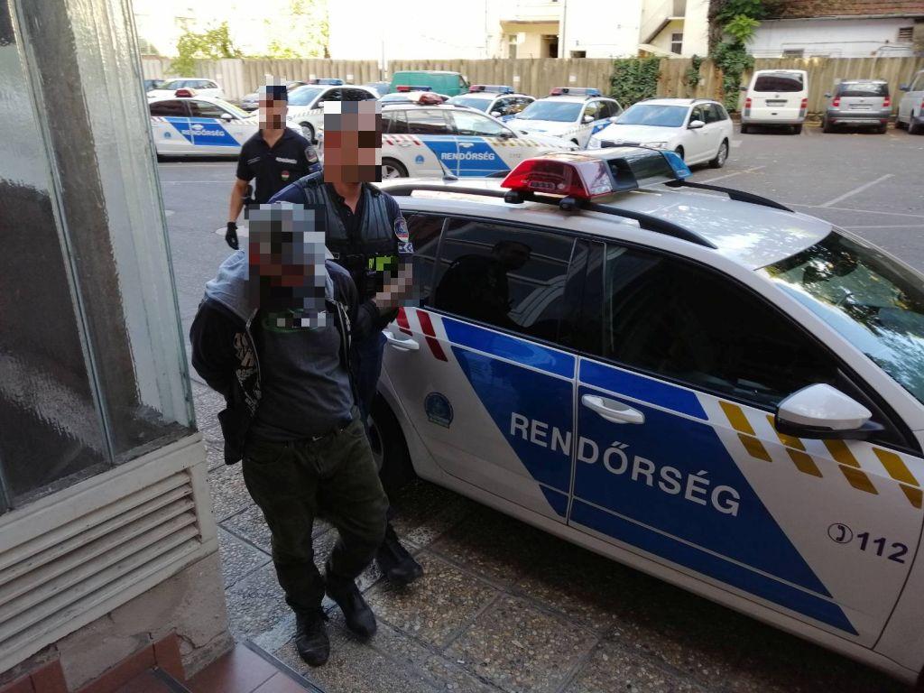 Fenyegetőzött, hogy felrobbant egy bevásárlóközpontot, 2 órán belül elfogták