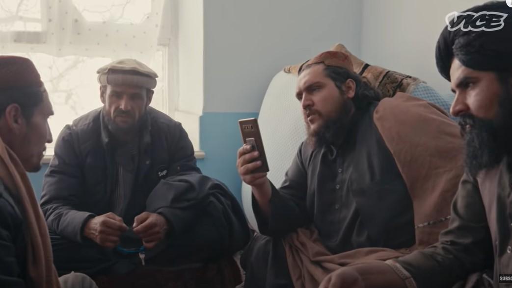 Így néz ki a táliboknál egy tárgyalás, ahol kézlevágásról döntenek