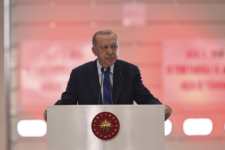 Erdogan bejelentette, hogy kész együttműködni a tálib vezetéssel