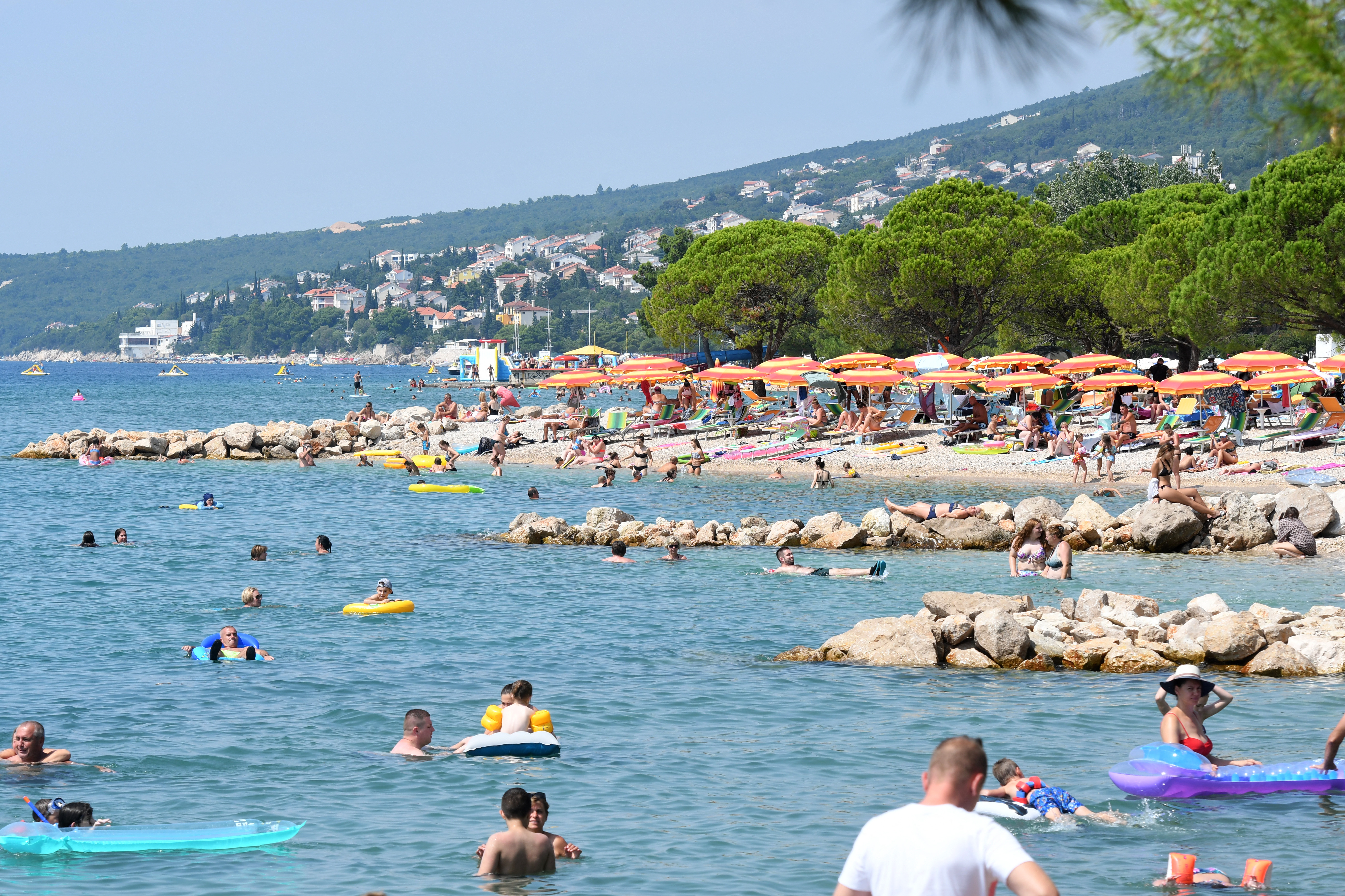 Horvátországban a covid ellenére is kiemelkedően sikeres volt a nyári szezon, özönlöttek a turisták