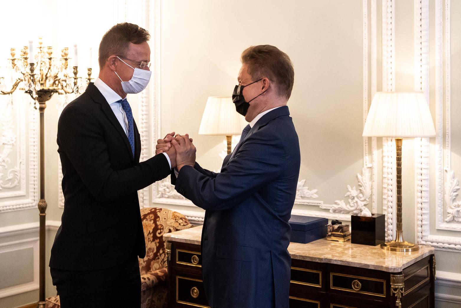 Szijjártó megállapodott a Gazprom főnökével, októbertől jöhet a lakossági gáz Oroszországból