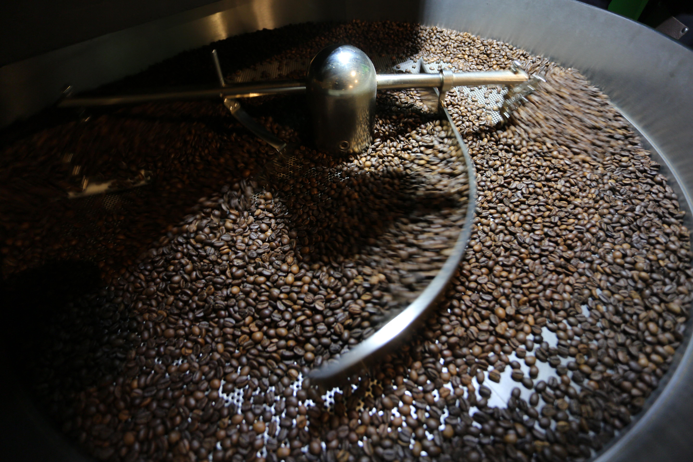 Akadozhat a világ kávéellátása a vietnámi járványügyi korlátozások miatt