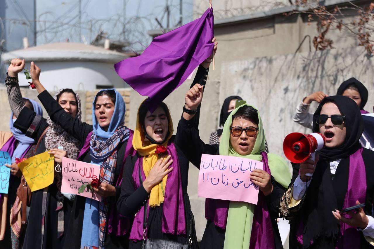A tálibok erény- és erkölcstelenségügyi minisztériumot csináltak a nőügyi minisztériumból