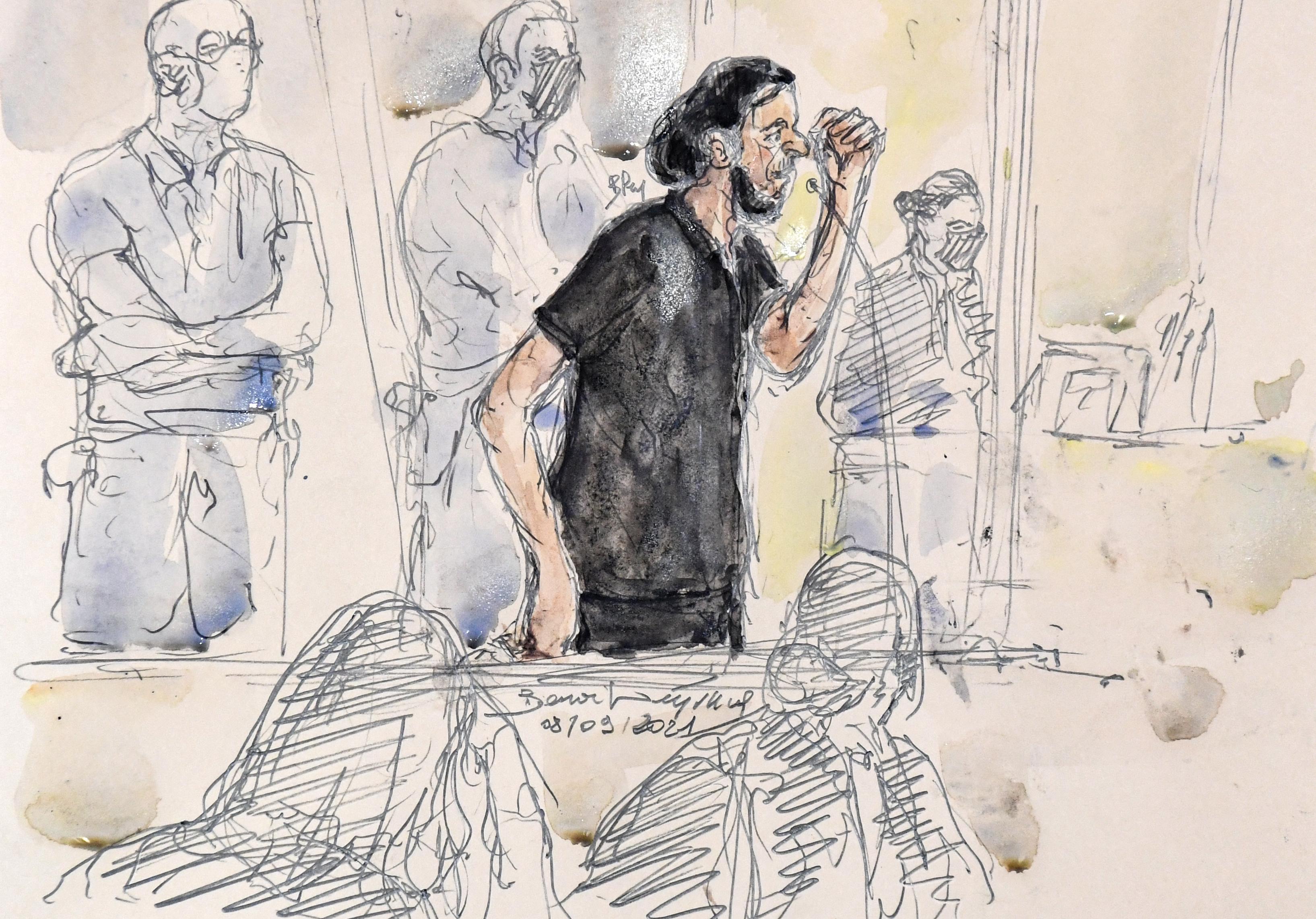 Megszakították Salah Abdeslam meghallgatását a párizsi terroristaper második napján
