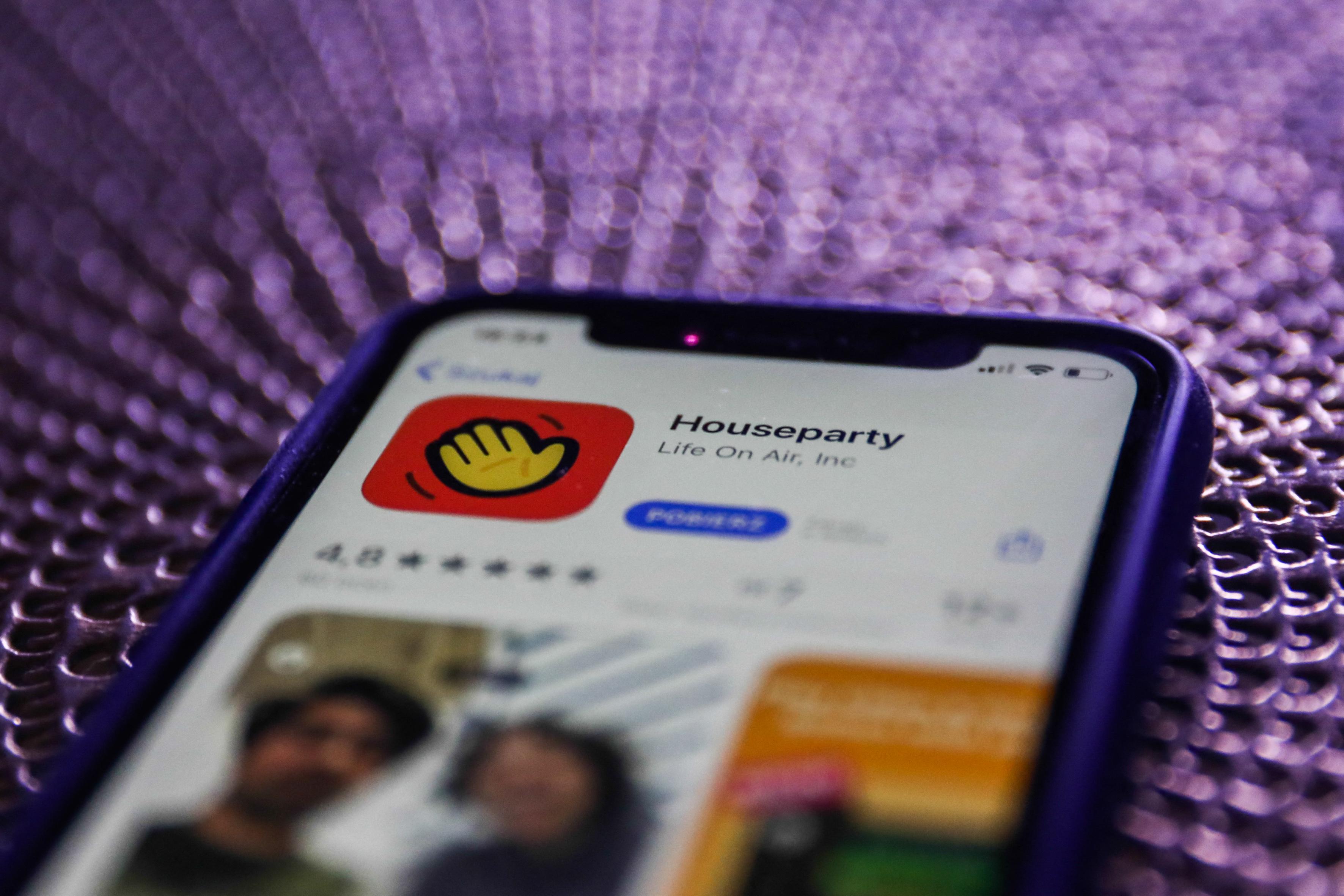 Megszűnik a karantén alatt ismertté vált Houseparty applikáció