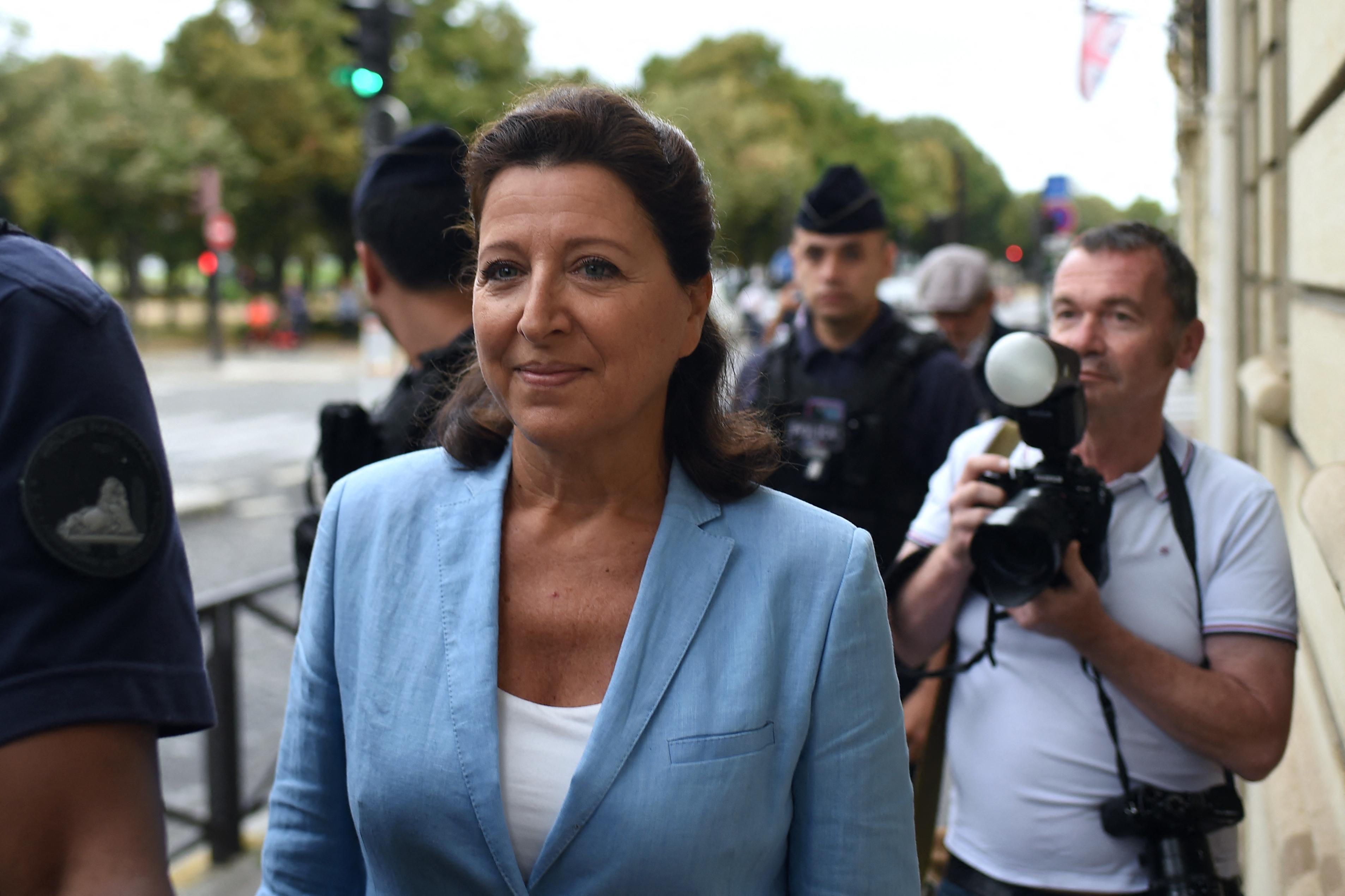 Eljárás indult a volt francia egészségügyi miniszter ellen