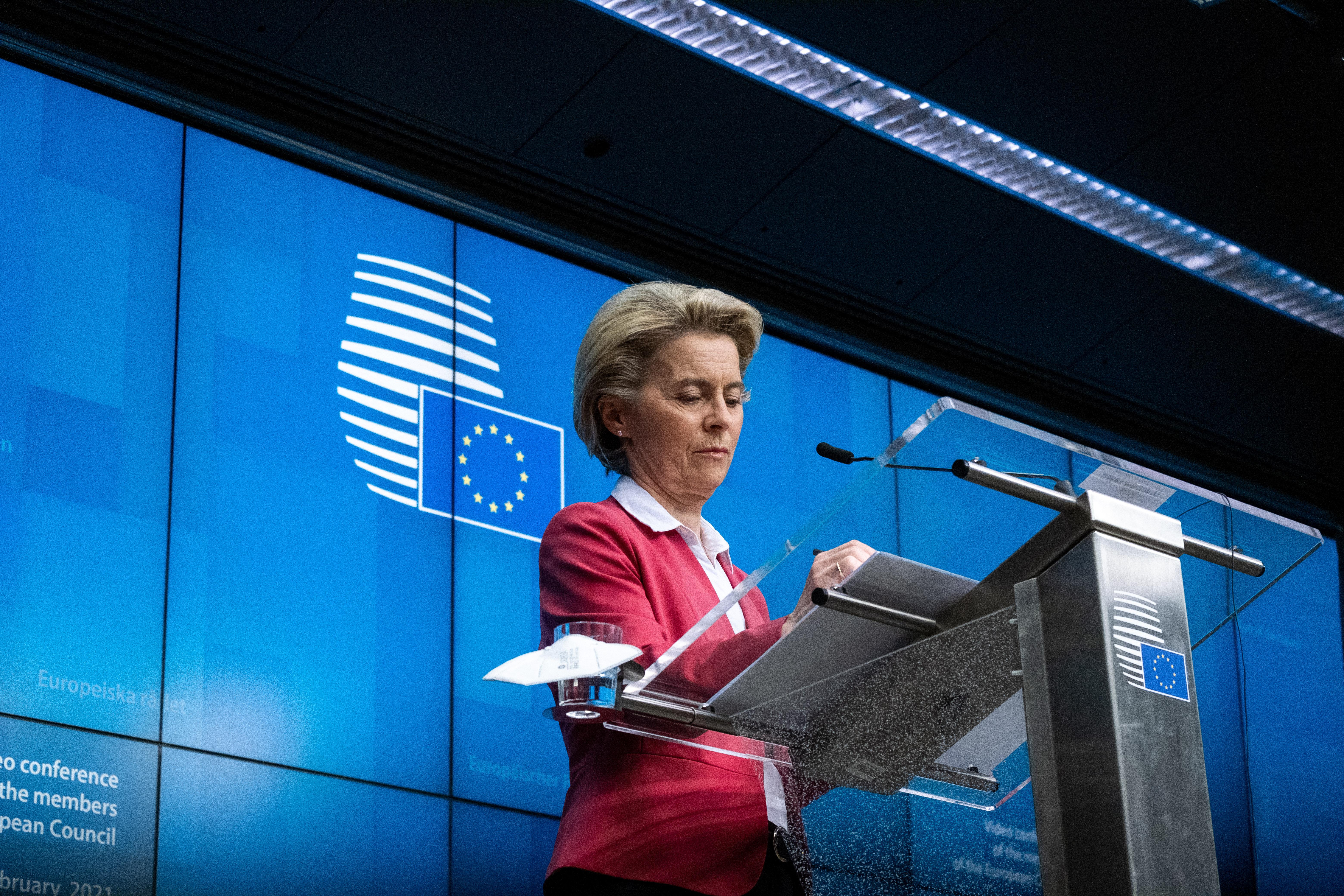 Ha lesz kormányváltás, Magyarország akkor is kiesik az uniós Pfizer-beszerzésből