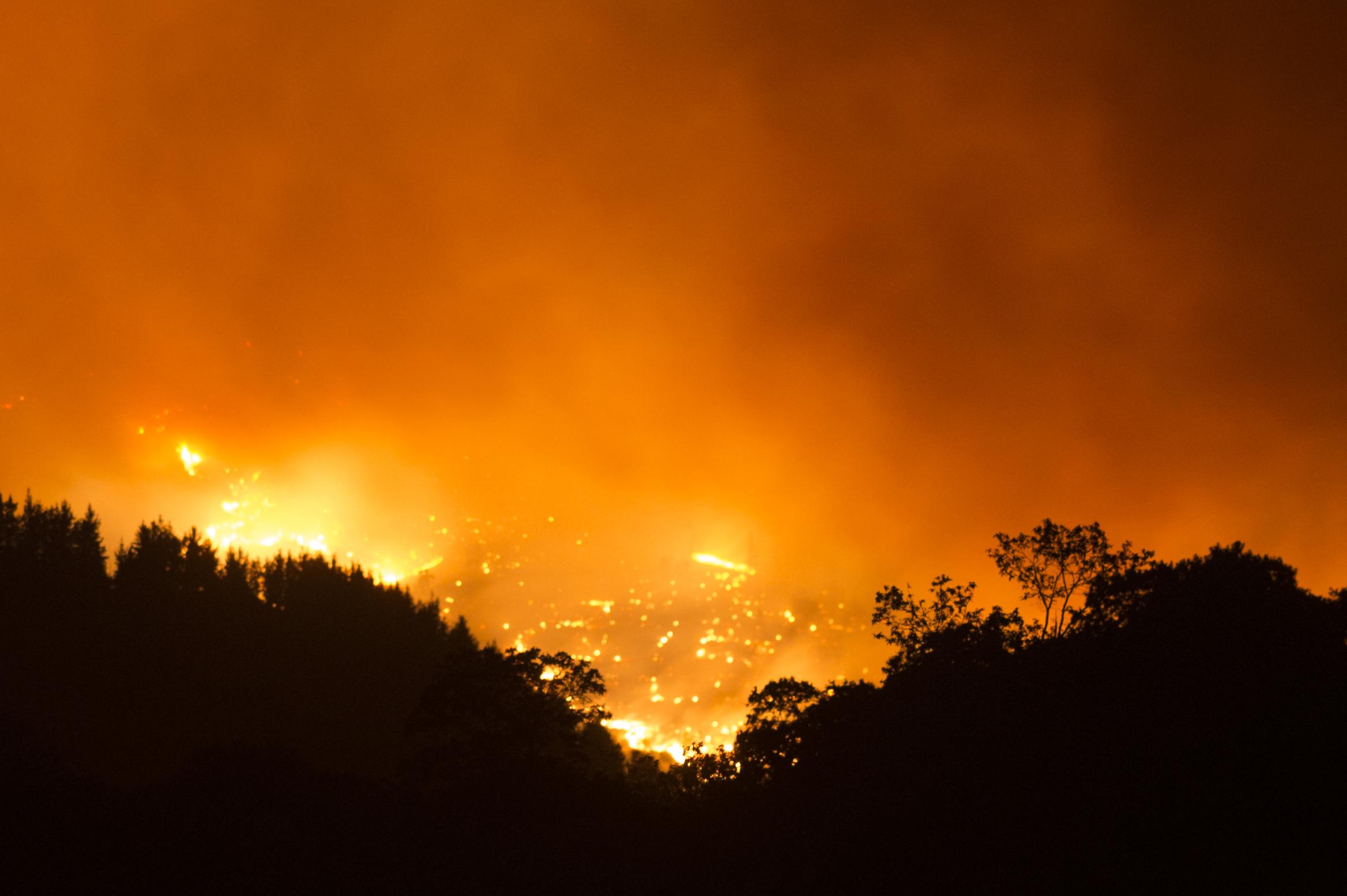 Hat újabb spanyol települést kellett evakuálni az erdőtüzek miatt