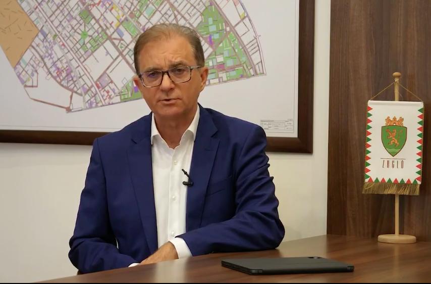 Nem lesz ott Tóth Csaba az előválasztási vitán, és feljelentette Gulyás Mártont