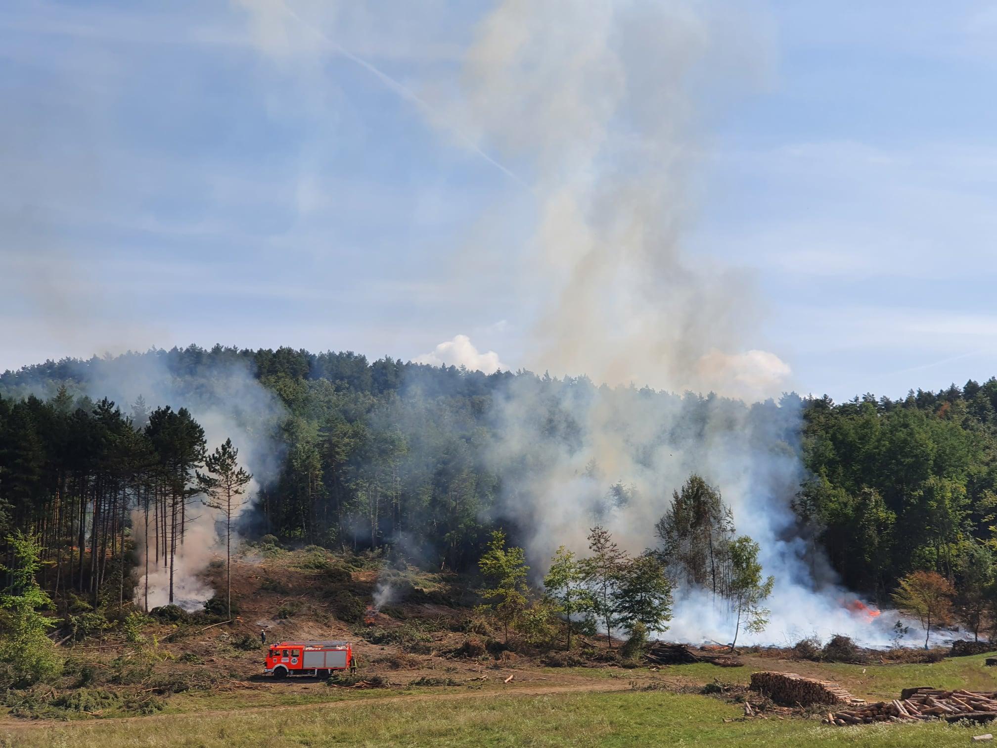 Lángolt az erdő Szilvásváradnál