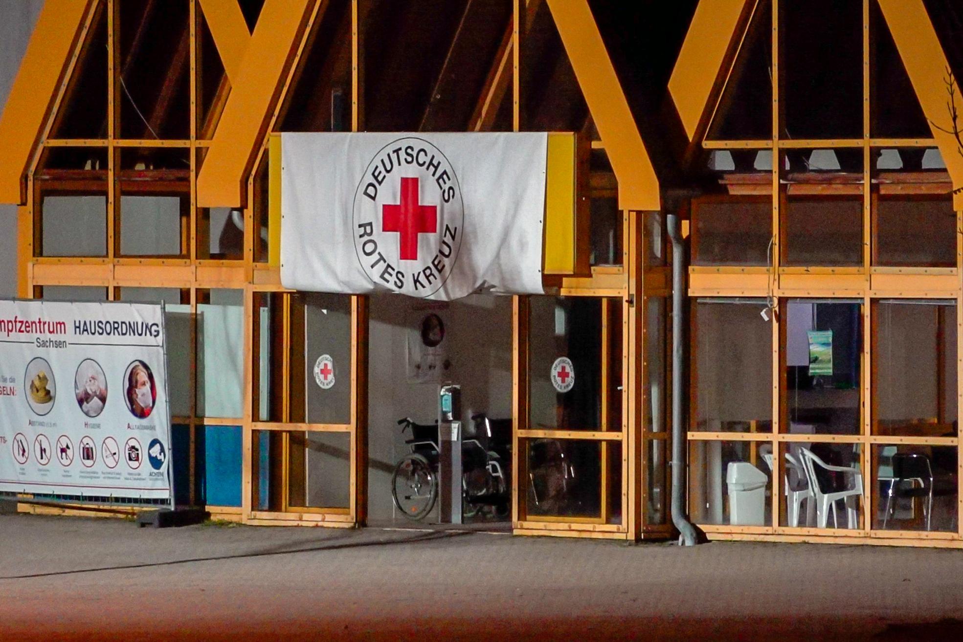 Megpróbáltak felgyújtani egy oltóközpontot Kelet-Németországban