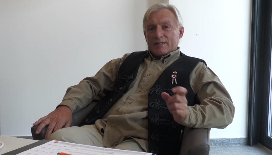 Holokauszttagadó, cigányozó ex-jobbikossal kampányol a debreceni Fidesz