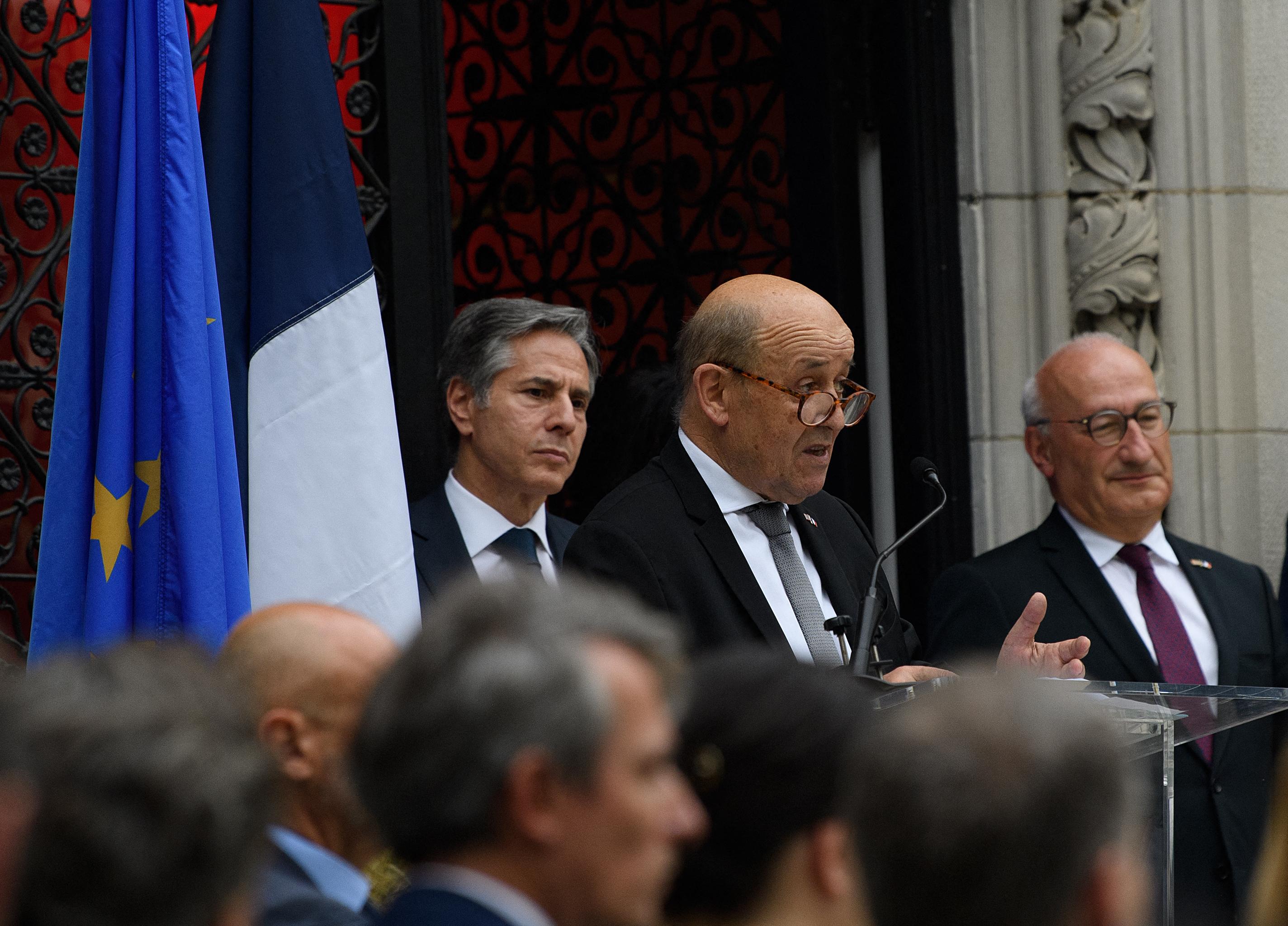 Franciaország vérig sértődött, amiért kihagyták az amerikai-brit-ausztrál tengeralattjáró bizniszből