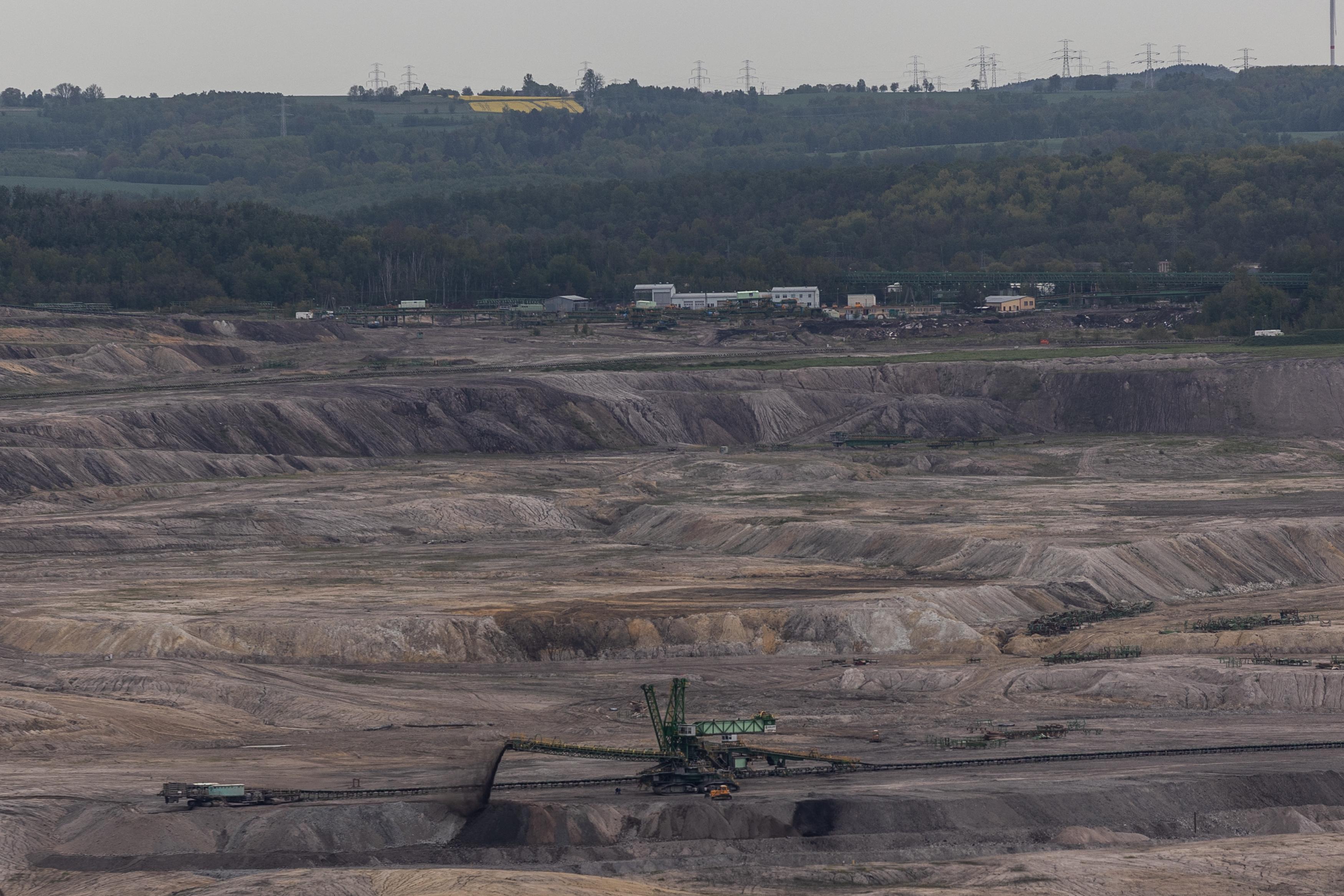 A lengyel kormány a napi félmillió eurós bírság ellenére sem állítja le a Turów szénbányát