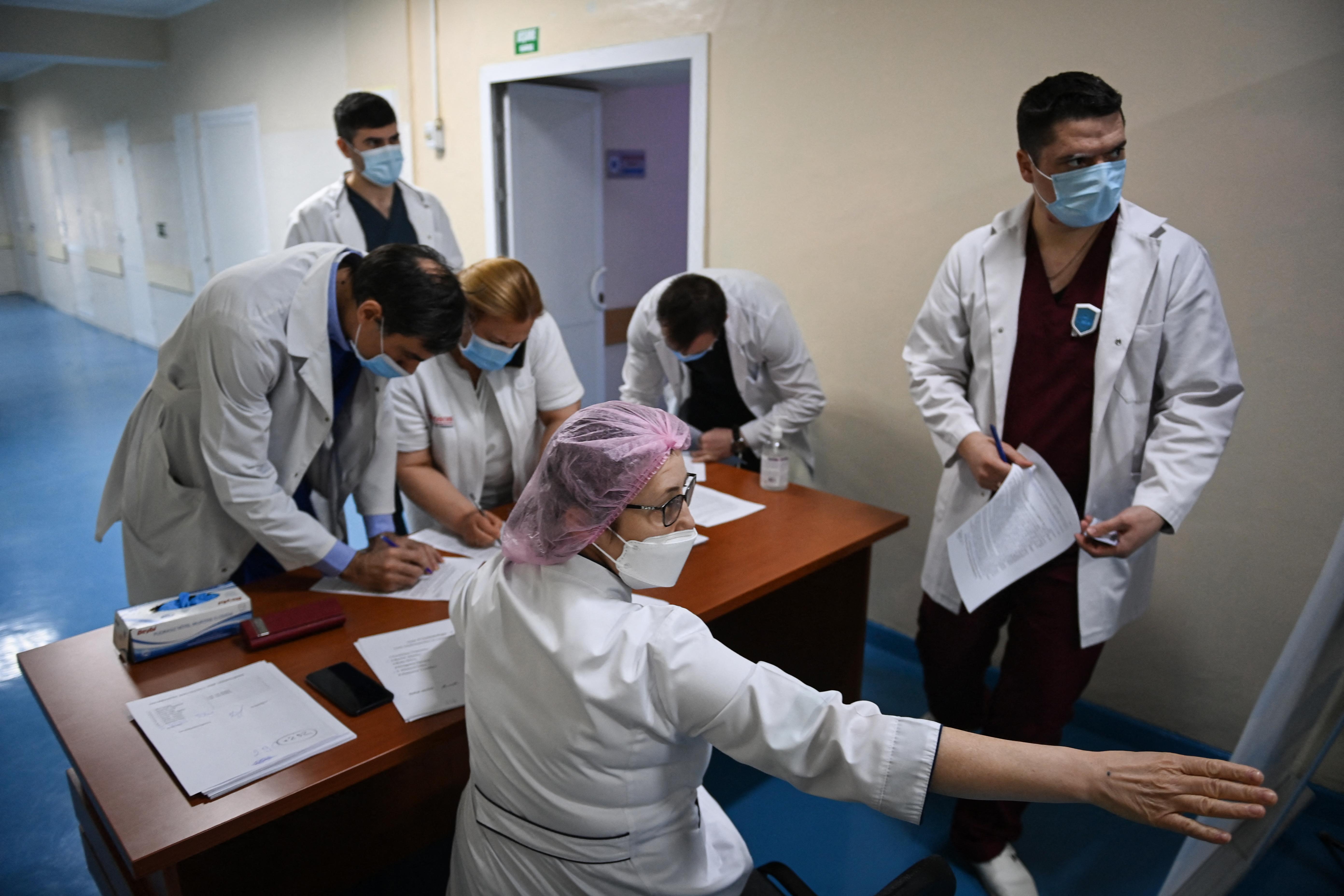 A kórházba került koronavírusos betegek 90 százaléka nincs beoltva Romániában