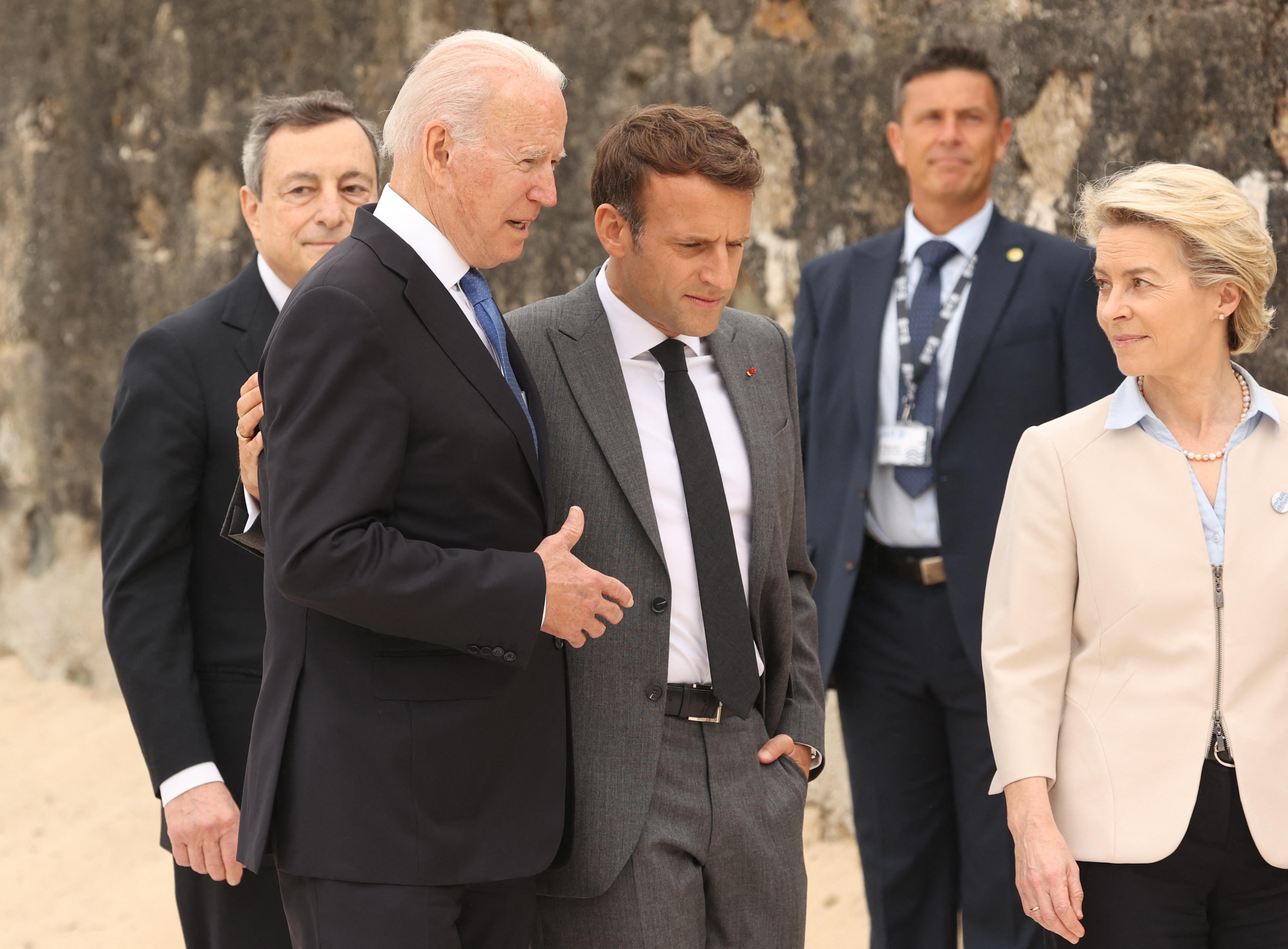 Miért borította rá az asztalt Franciaország az USA-ra?
