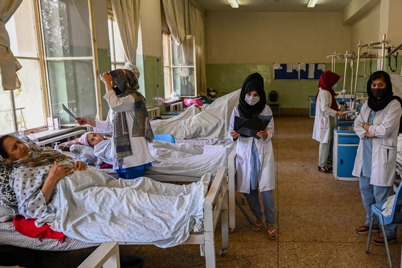 Az összeomlás szélén az egészségügyi rendszer Afganisztánban