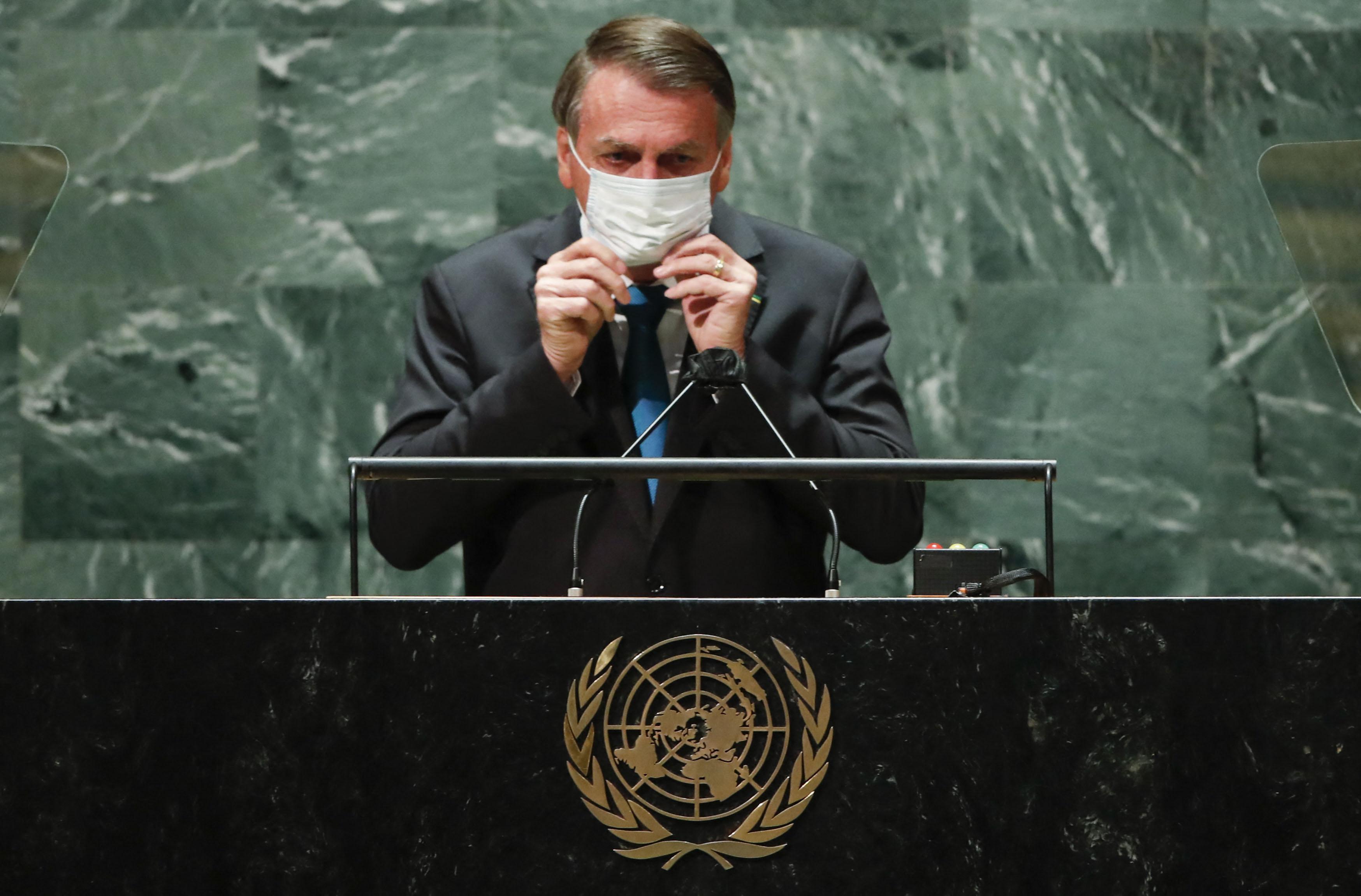 Bolsonarónak karanténba kell mennie, mert koronás lett az egészségügyi minisztere, aki elkísérte az ENSZ-találkozóra