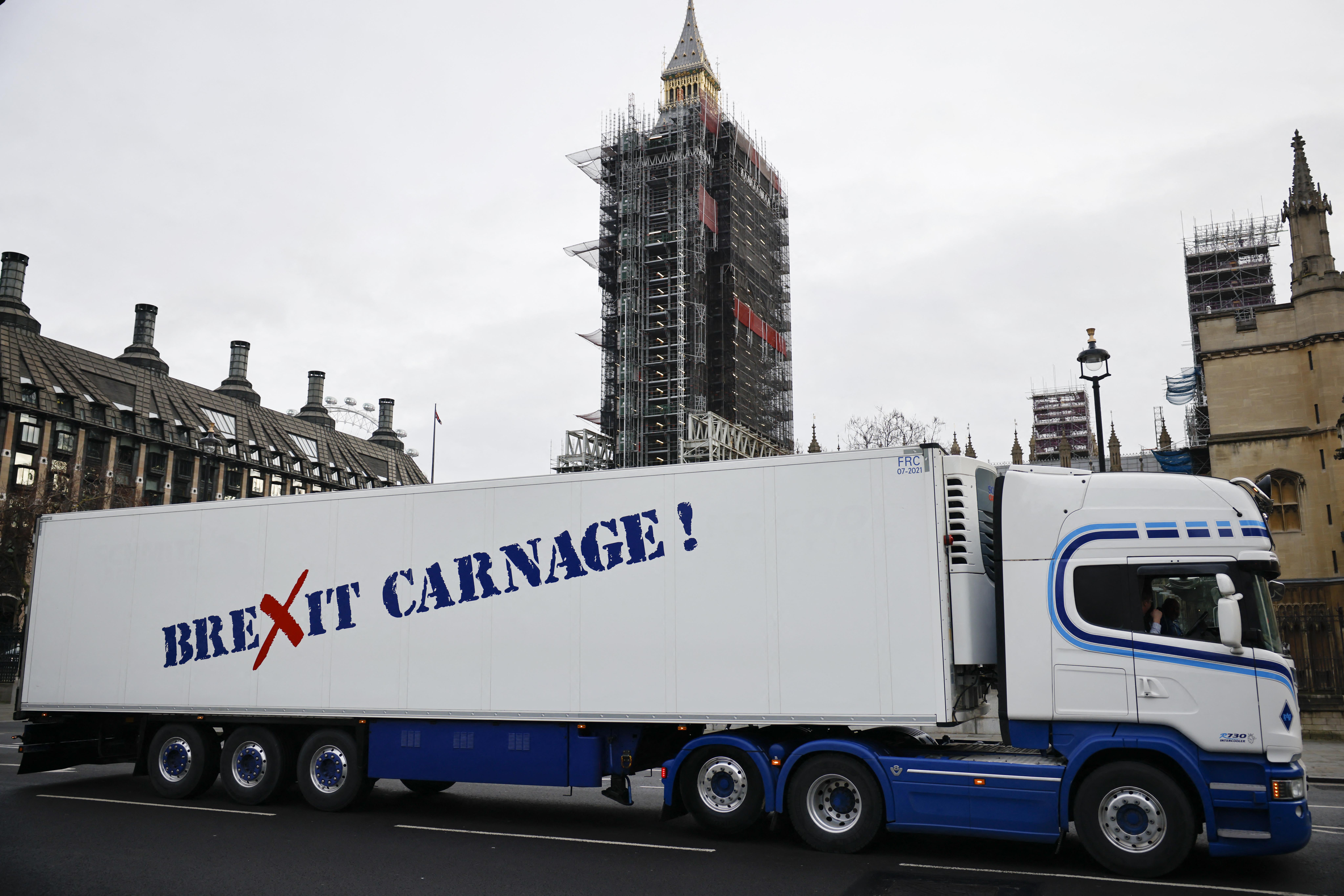 Brexit: olyan kevés kamionsofőr van Nagy-Britanniában, hogy az már ellátási gondokat okoz
