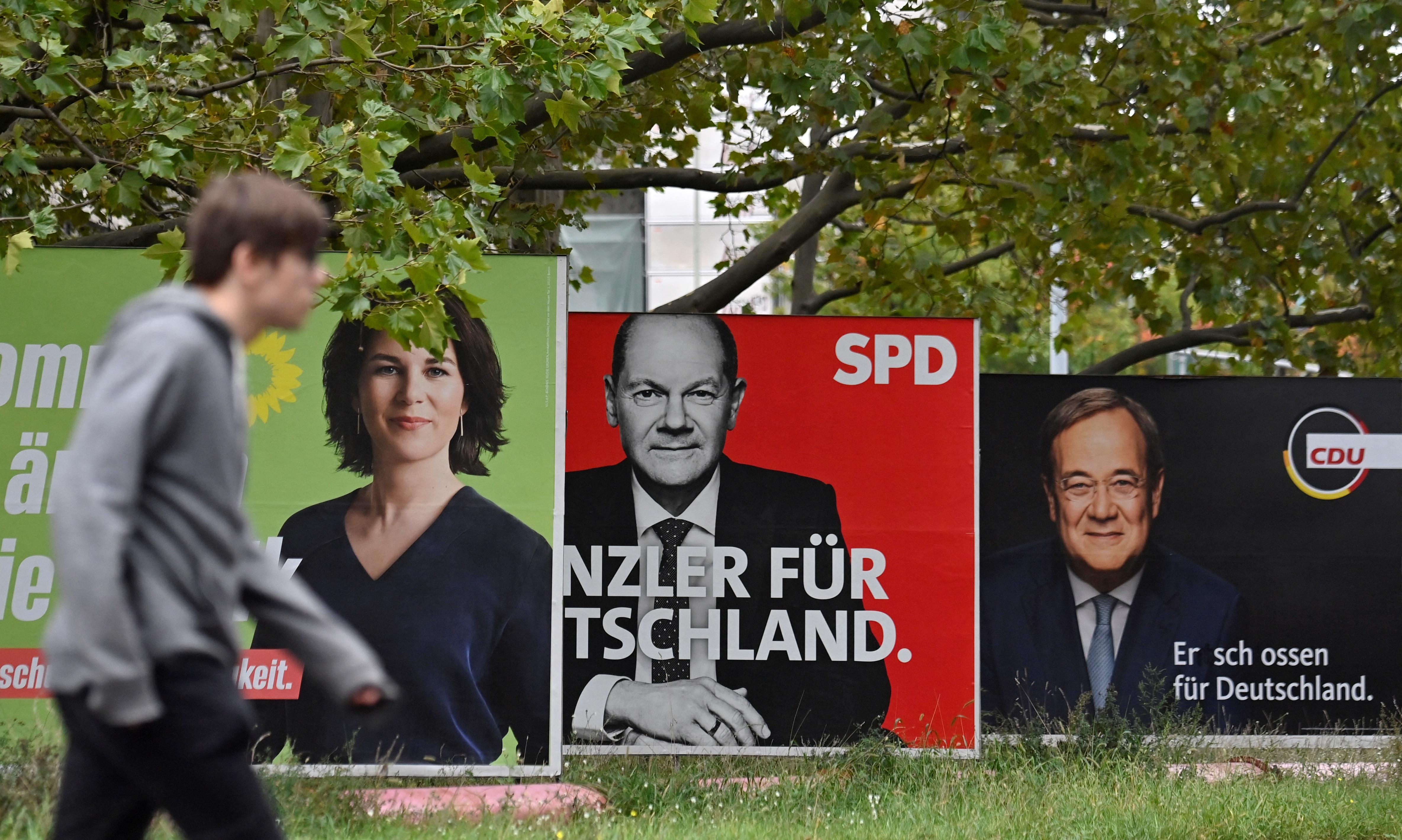 Rettentően szorosan alakul a német választás, fej-fej mellett az SPD és a CDU/CSU