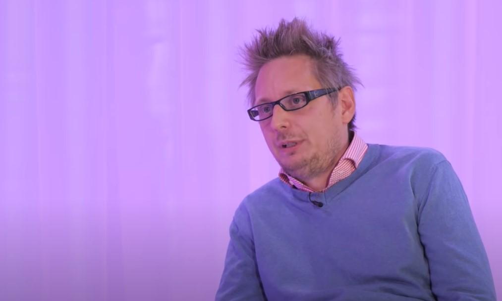 Dezső András elmondta: ő volt az újságíró, akire rászállt a titkosszolgálat